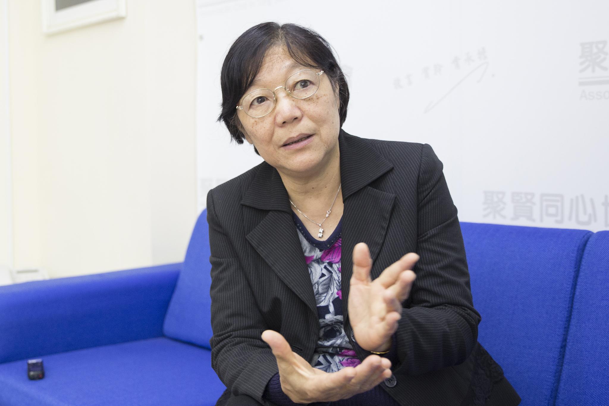 Ex-deputada Kwan Tsui Hang quer mais candidatos a Chefe do Executivo