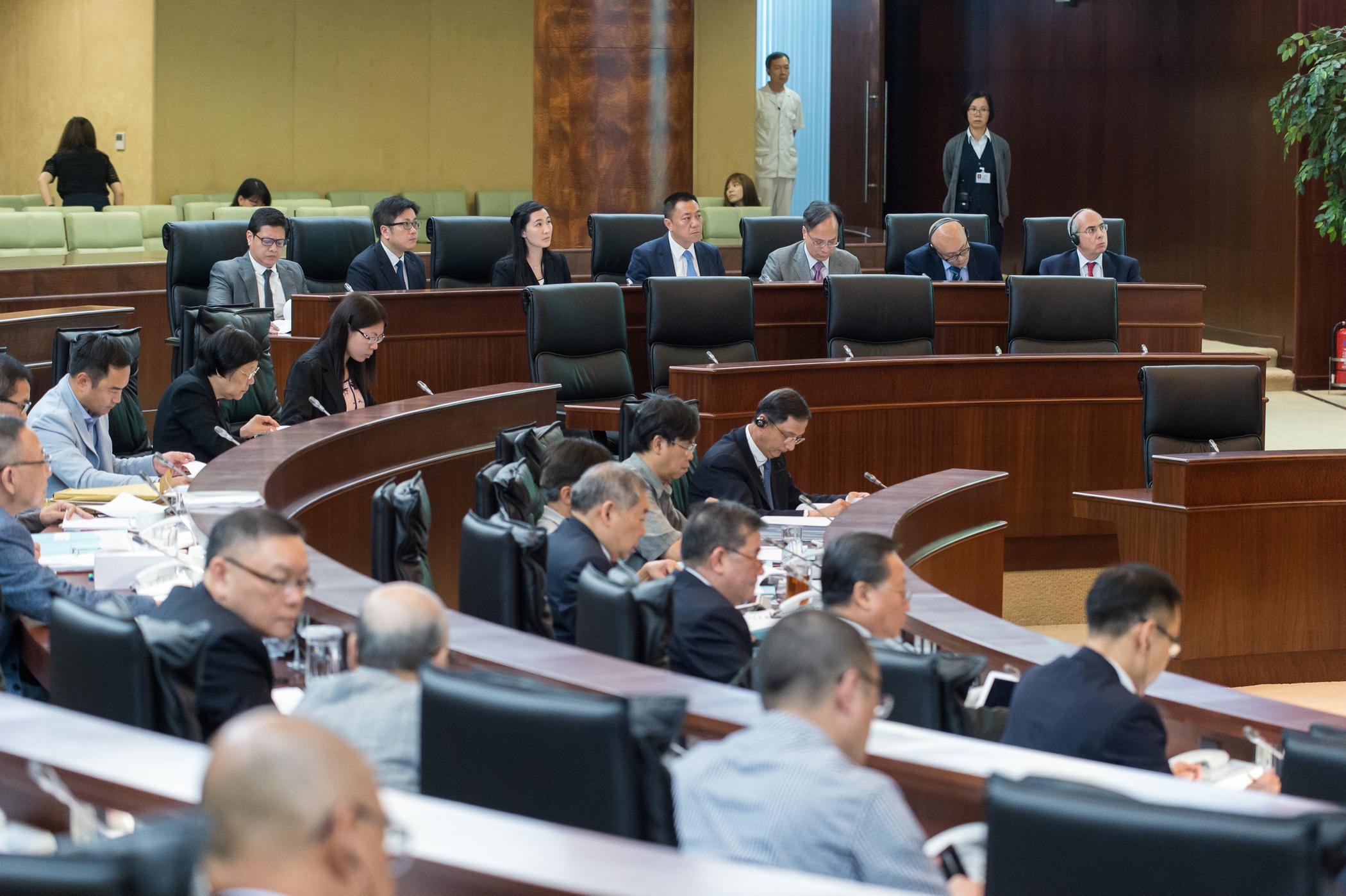 """""""Deputados aprovam Lei de Cibersegurança apesar de receios sobre privacidade"""