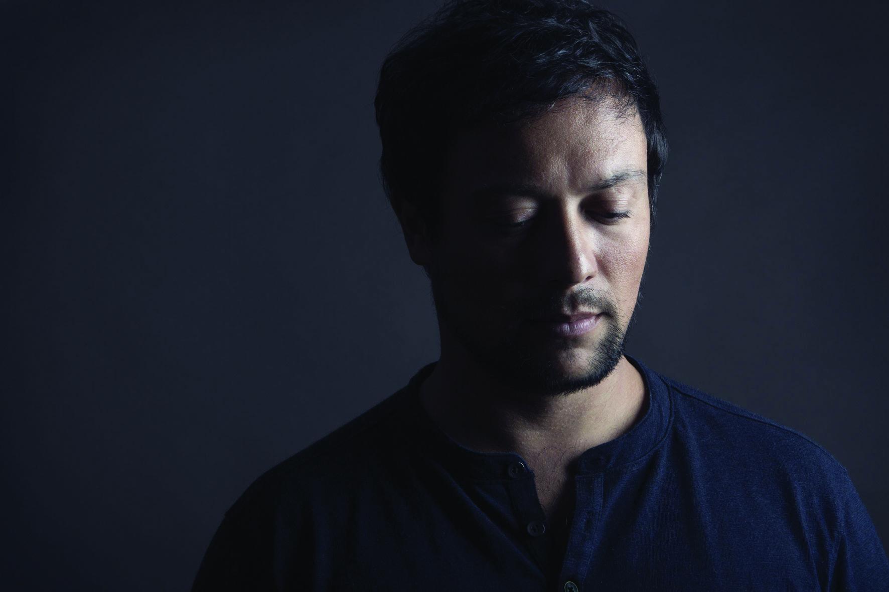 Música   Poema de Adé cantado no novo disco de Felipe Fontenelle