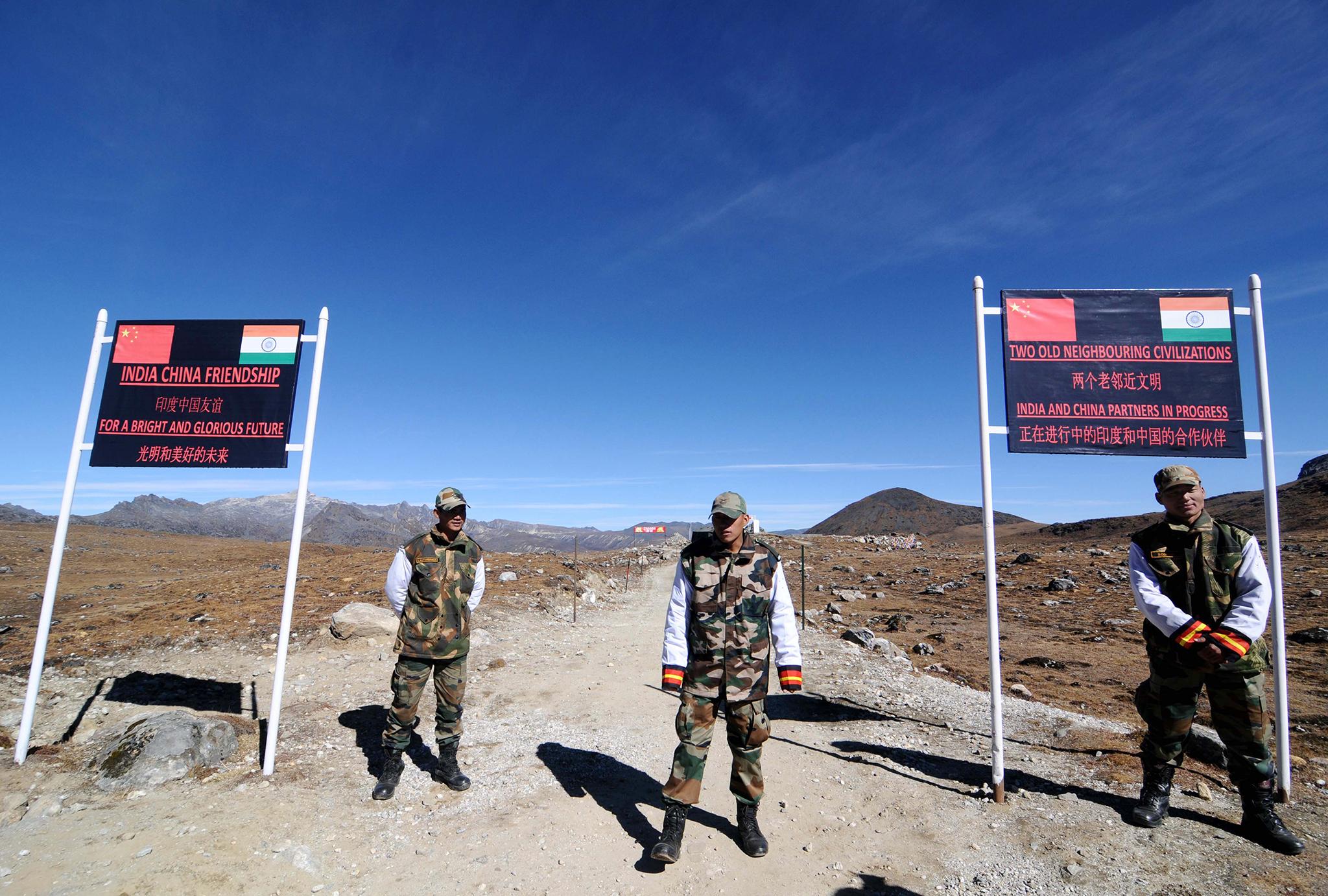 Pequim ameaça Índia caso não abandone área disputada