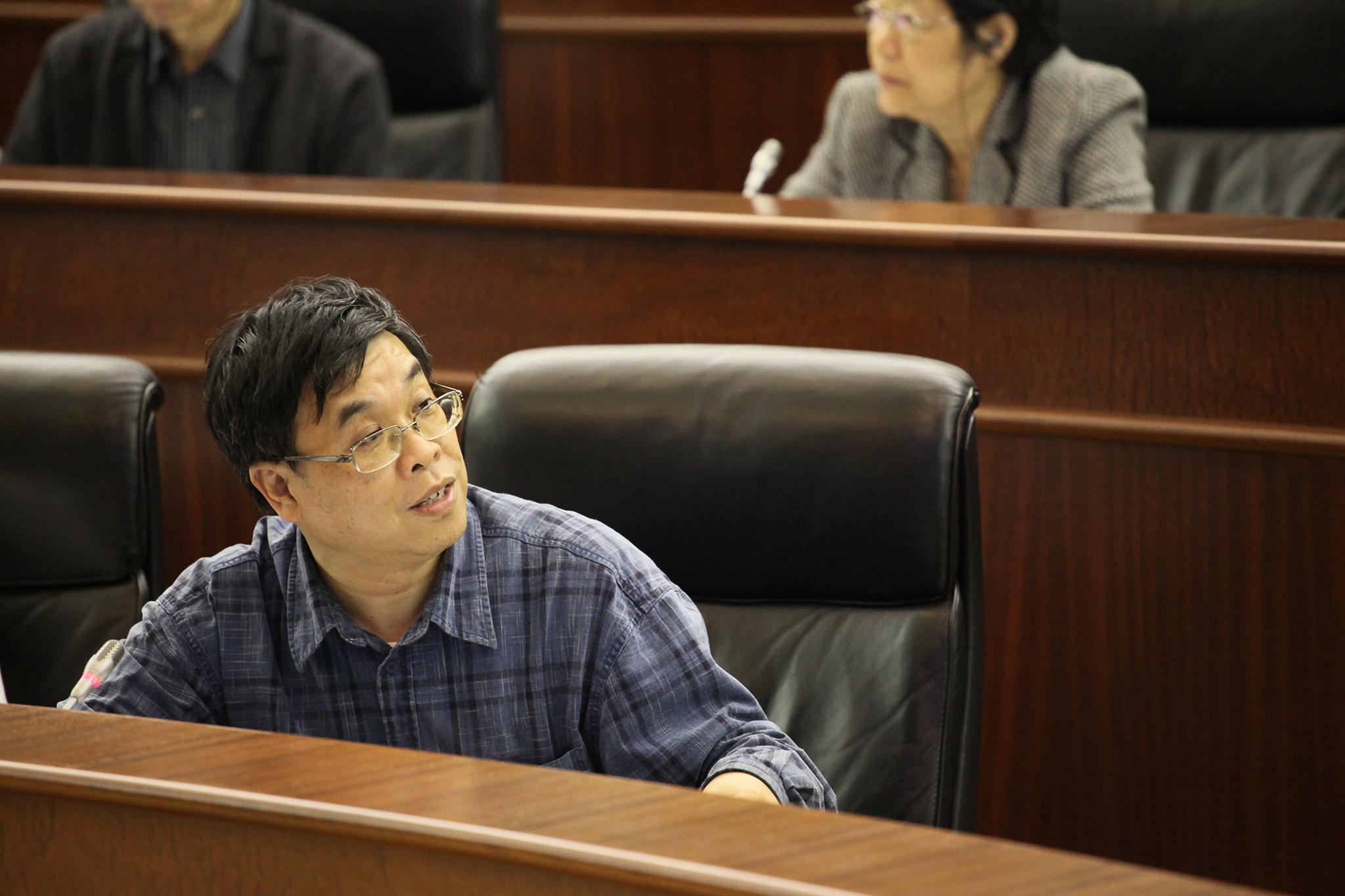 Deputados contestam críticas a lei das rendas