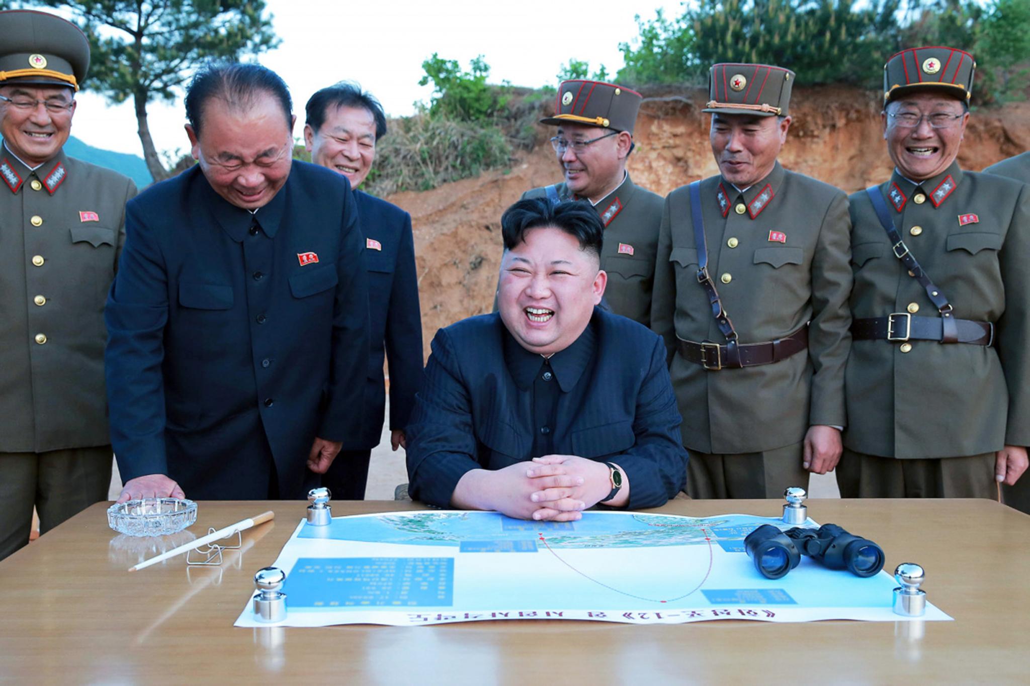 Coreias | Novo teste de míssil intercontinental coloca EUA ao alcance de Pyongyang