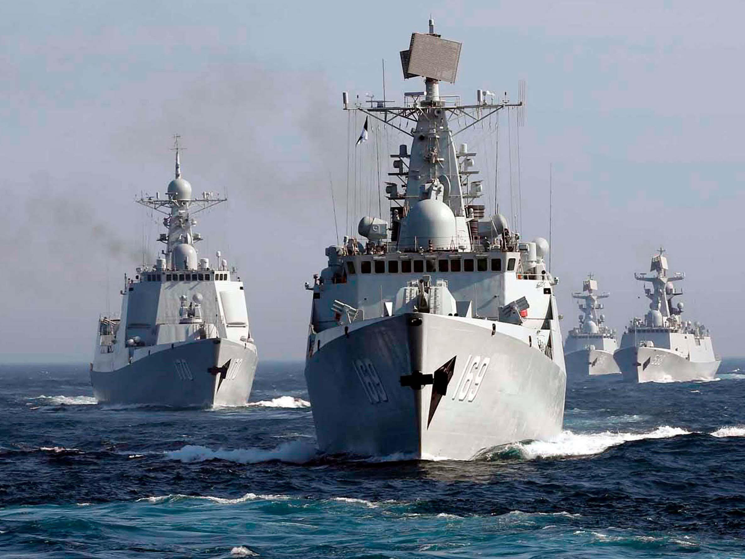 Pequim envia navios para o Mar do Sul após incursão dos EUA