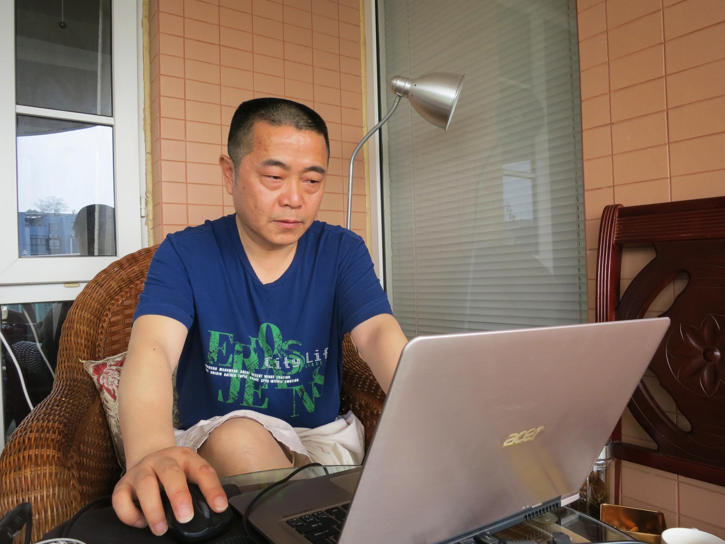 Mãe do activista Huang Qi diz que ele poderá morrer na prisão