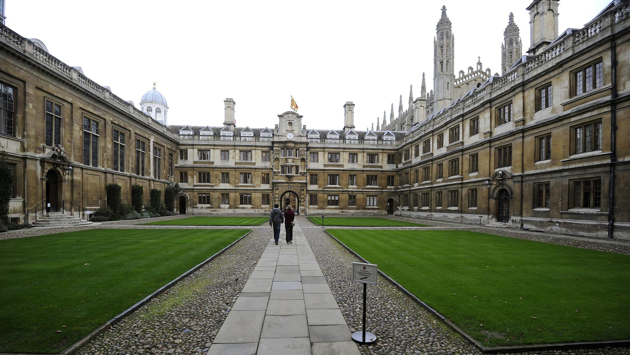 Cambridge | Petição contra censura no portal da Universidade