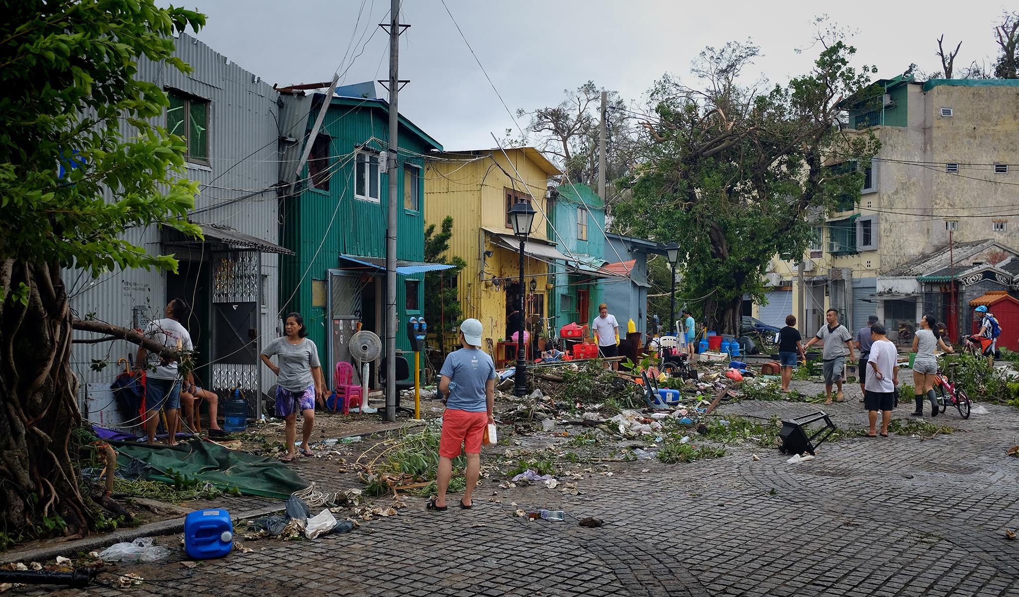Coloane | Uma semana depois estragos ainda são visíveis