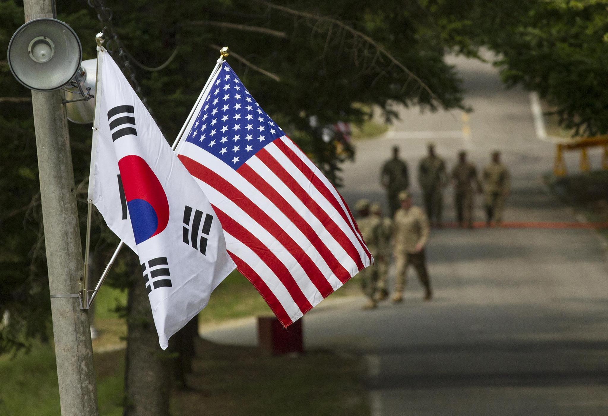 Coreia do Sul receia fim da protecção dos EUA, após míssil balístico do Norte