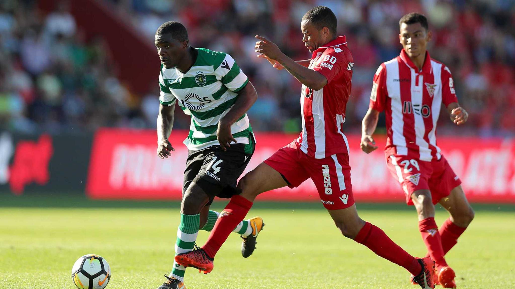 I Liga | Sporting vence Aves. Setúbal e Moreirense empatam