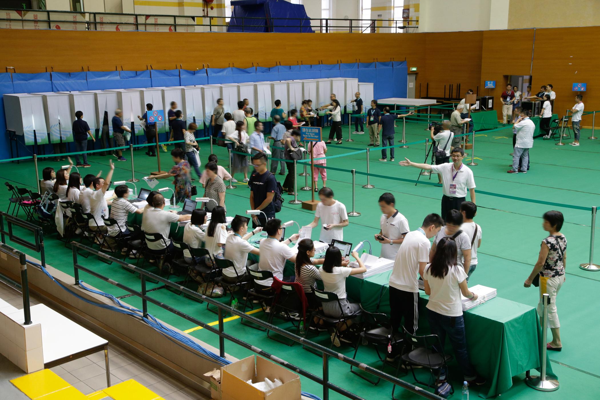 Eleições   Resultados de sufrágio para a Assembleia Legislativa surpreendem