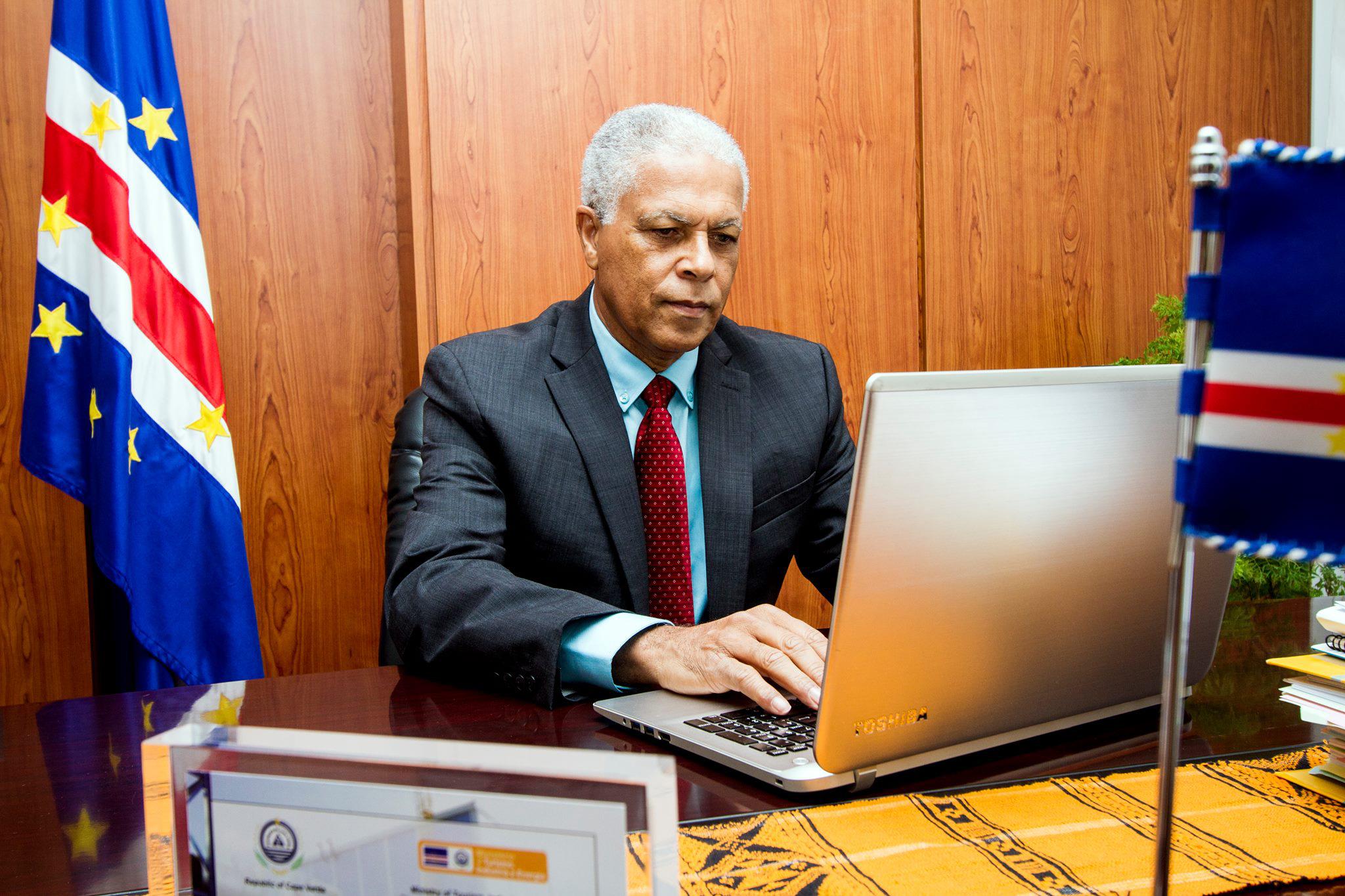 Economia | Cabo Verde seduz investimento chinês