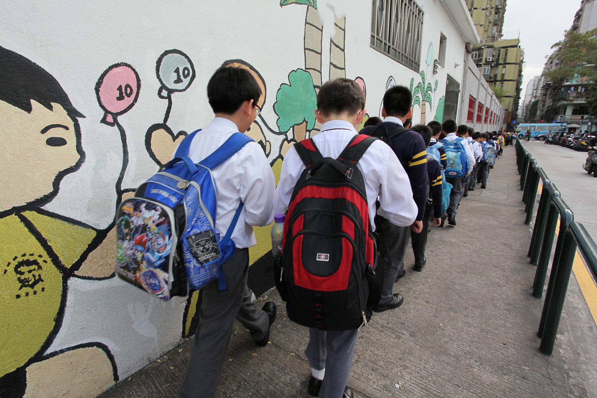 Ano lectivo   Maioria das escolas começou aulas no período previsto