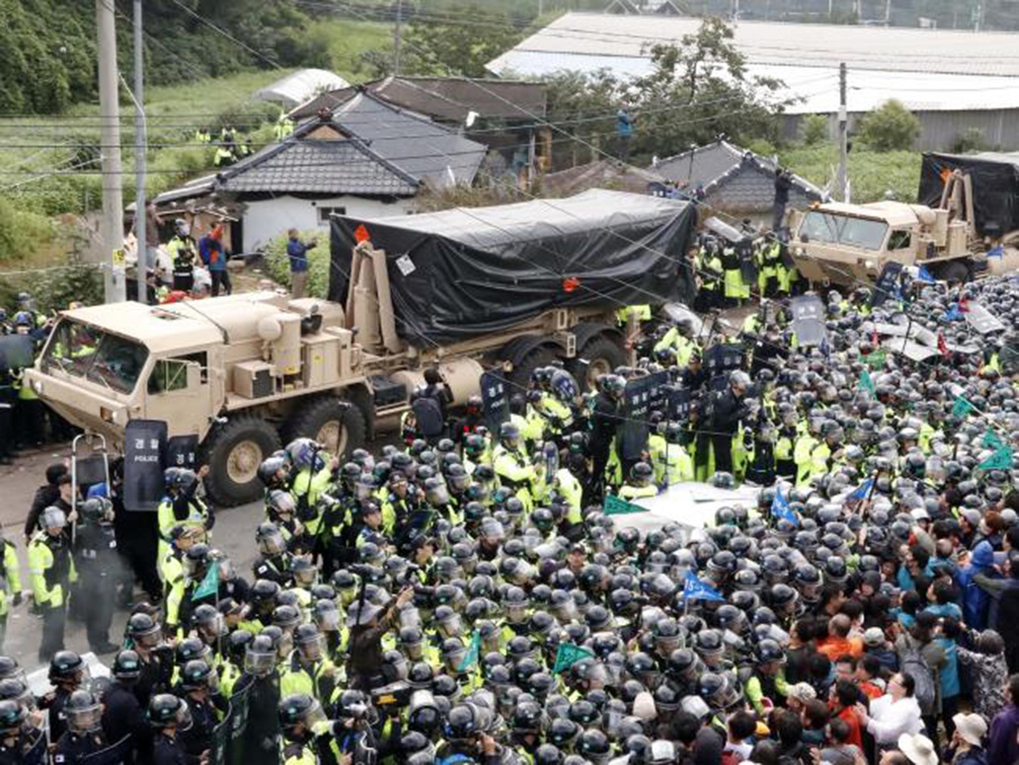 Dezenas de feridos em Seongju em protestos contra a instalação de escudo antimísseis