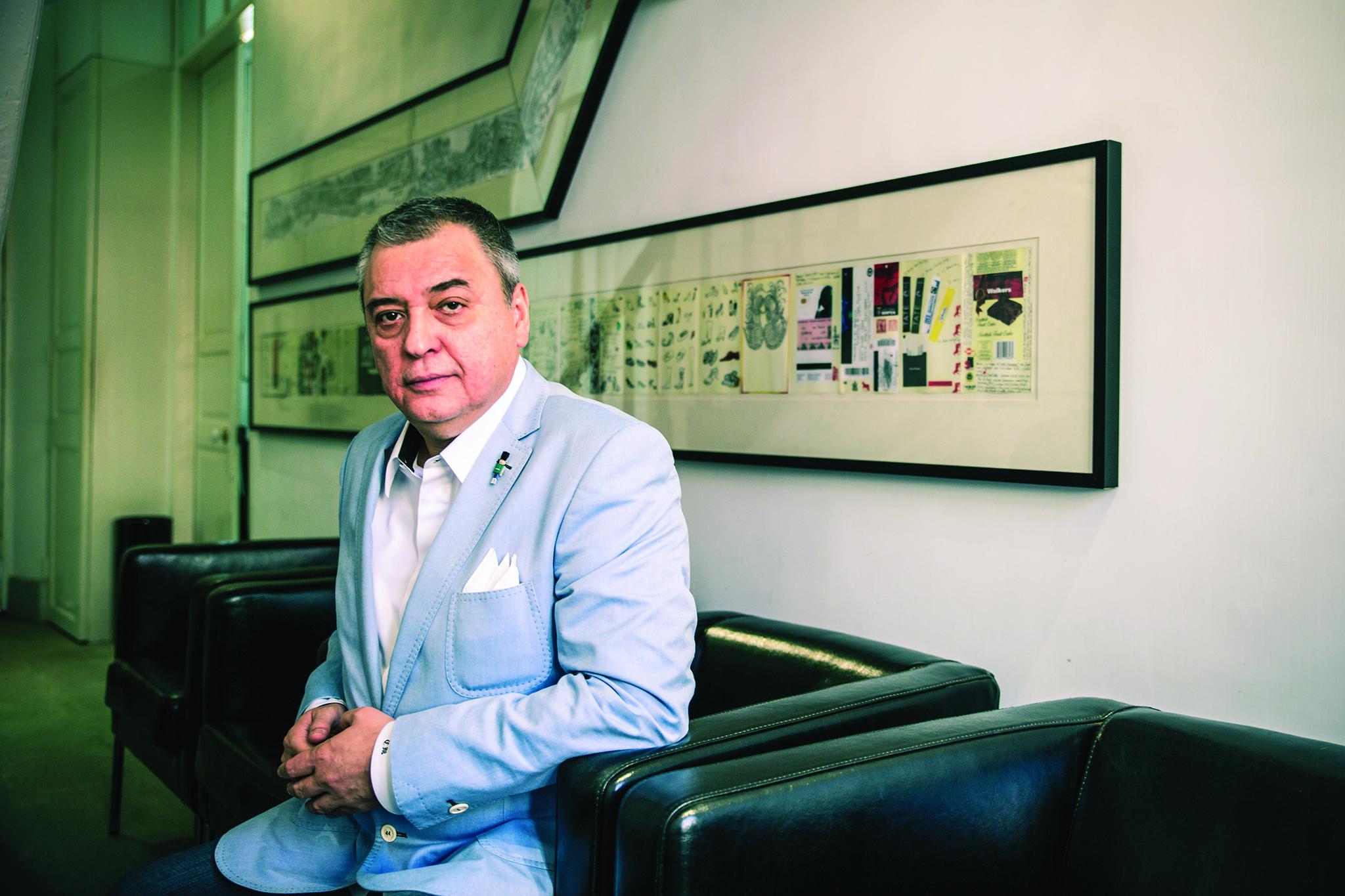 Efeméride   Correios lançam colecção de selos sobre Pessanha