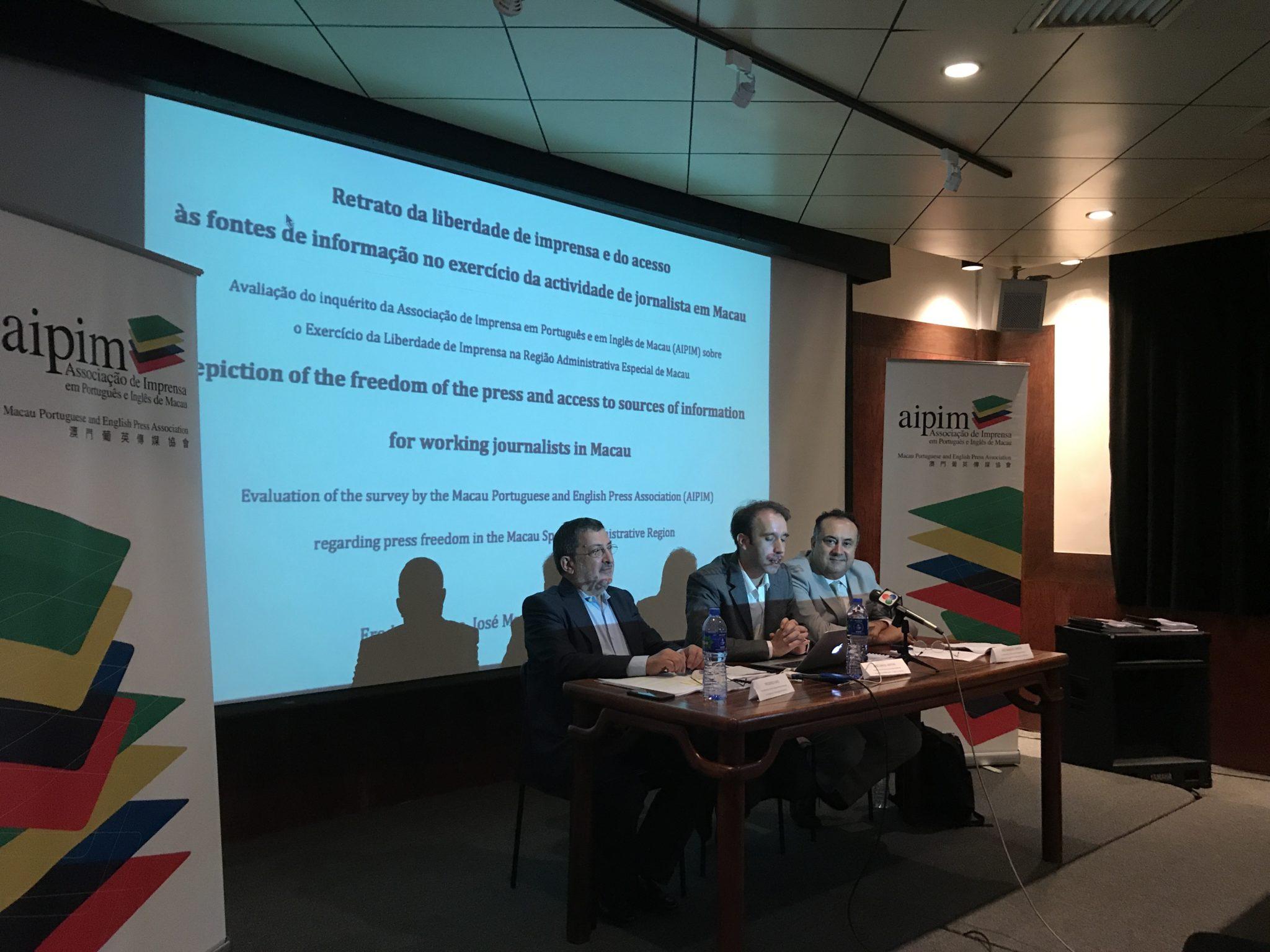 Associação de jornalistas recebe prémio dos Macau Business Awards