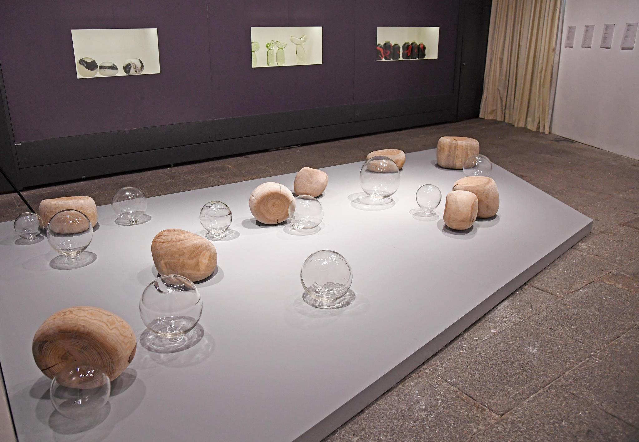 Exposição   O vidro é a arte de Sunny Wang