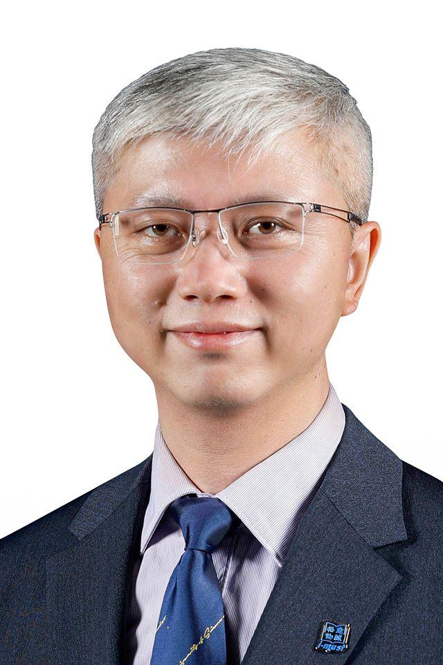 Deputado Pang Chuan quer acelerar análise de renovação de residência de técnicos especializados