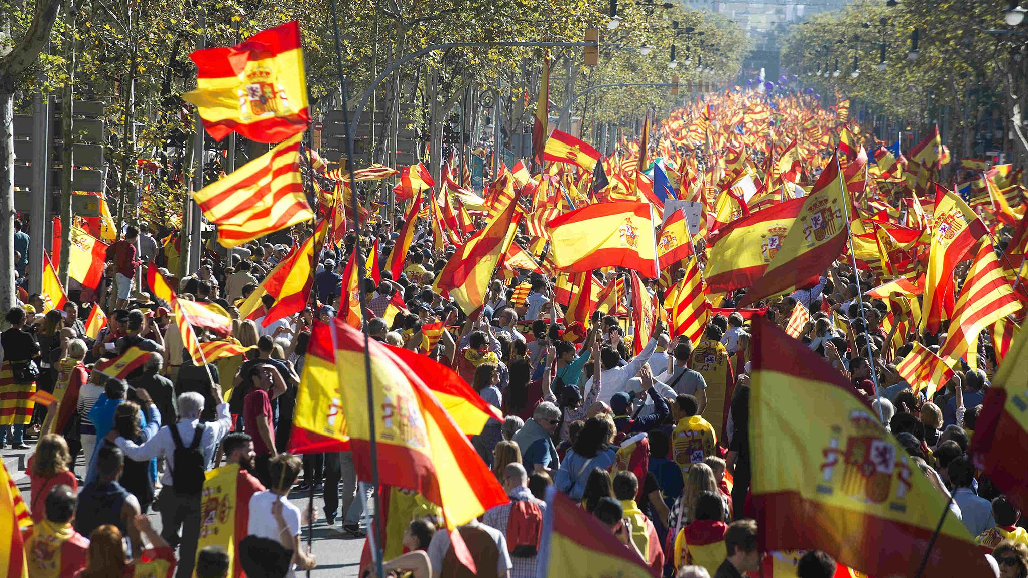 Catalunha | Divisão prossegue enquanto se aguarda pelas eleições regionais
