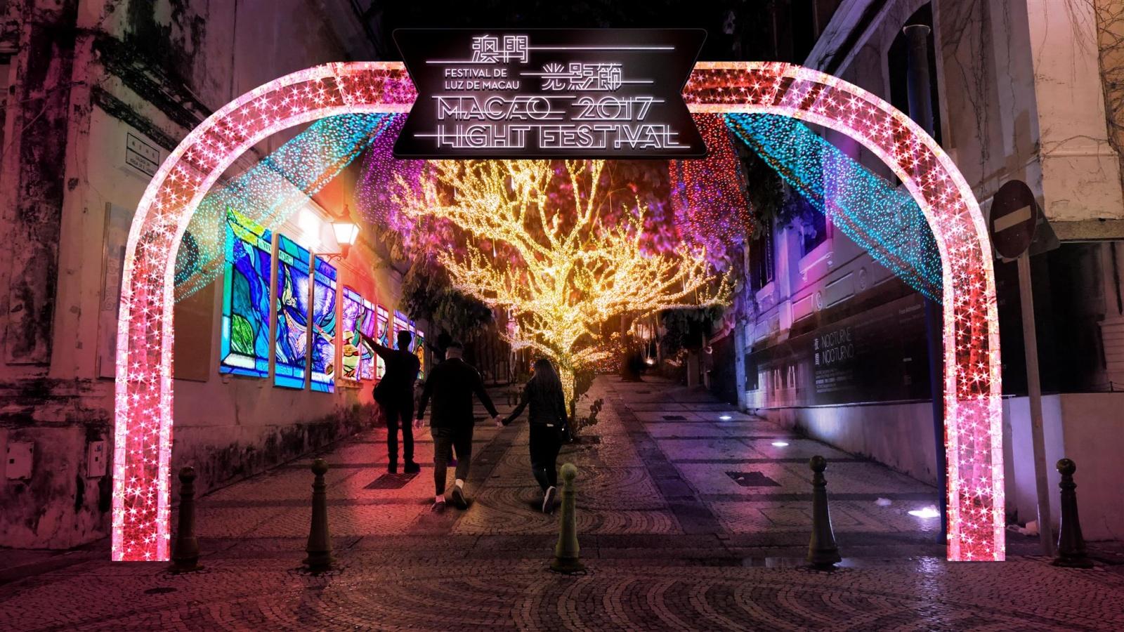 """Festival da Luz de Macau arranca a 3 de Dezembro com o tema """"Amor Macau"""""""