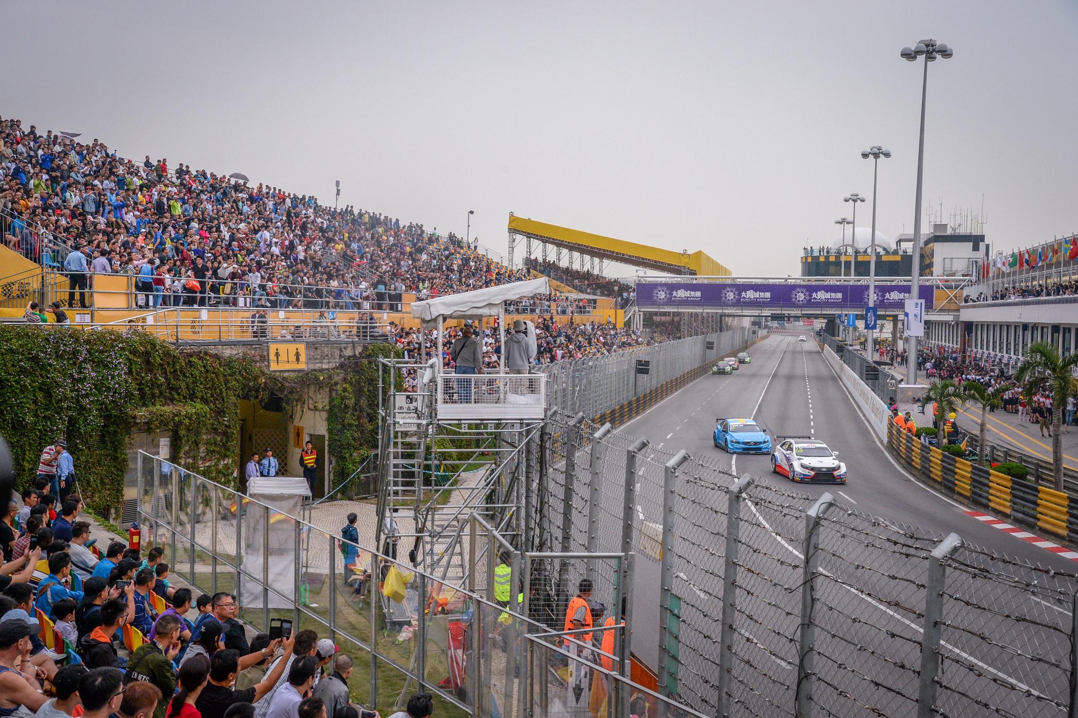 Corrida da Guia – Campeonato do Mundo FIA de Carros de Turismo: O mandarim inglês