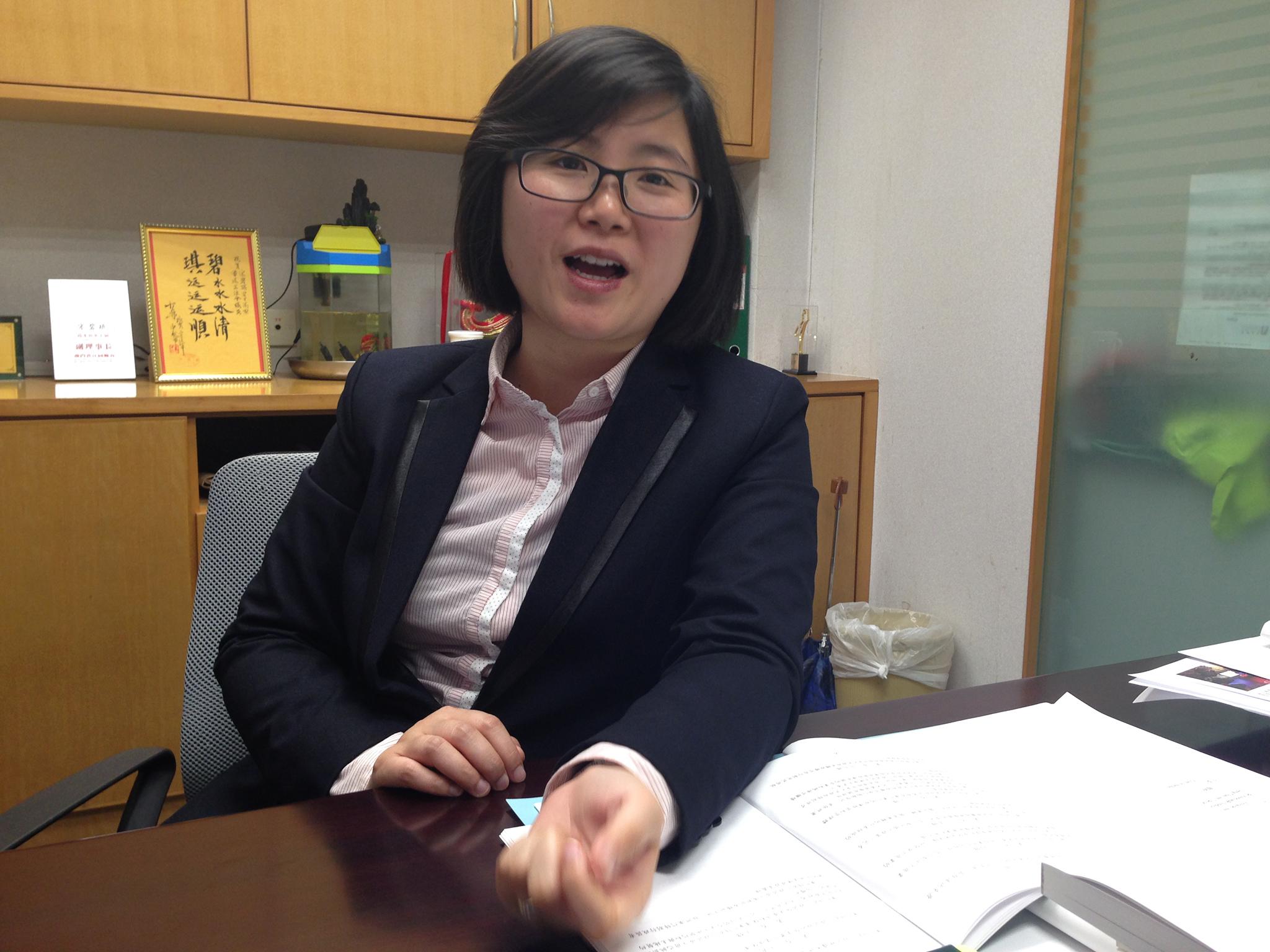 Motociclos | Song Pek Kei aponta para falta de estacionamento
