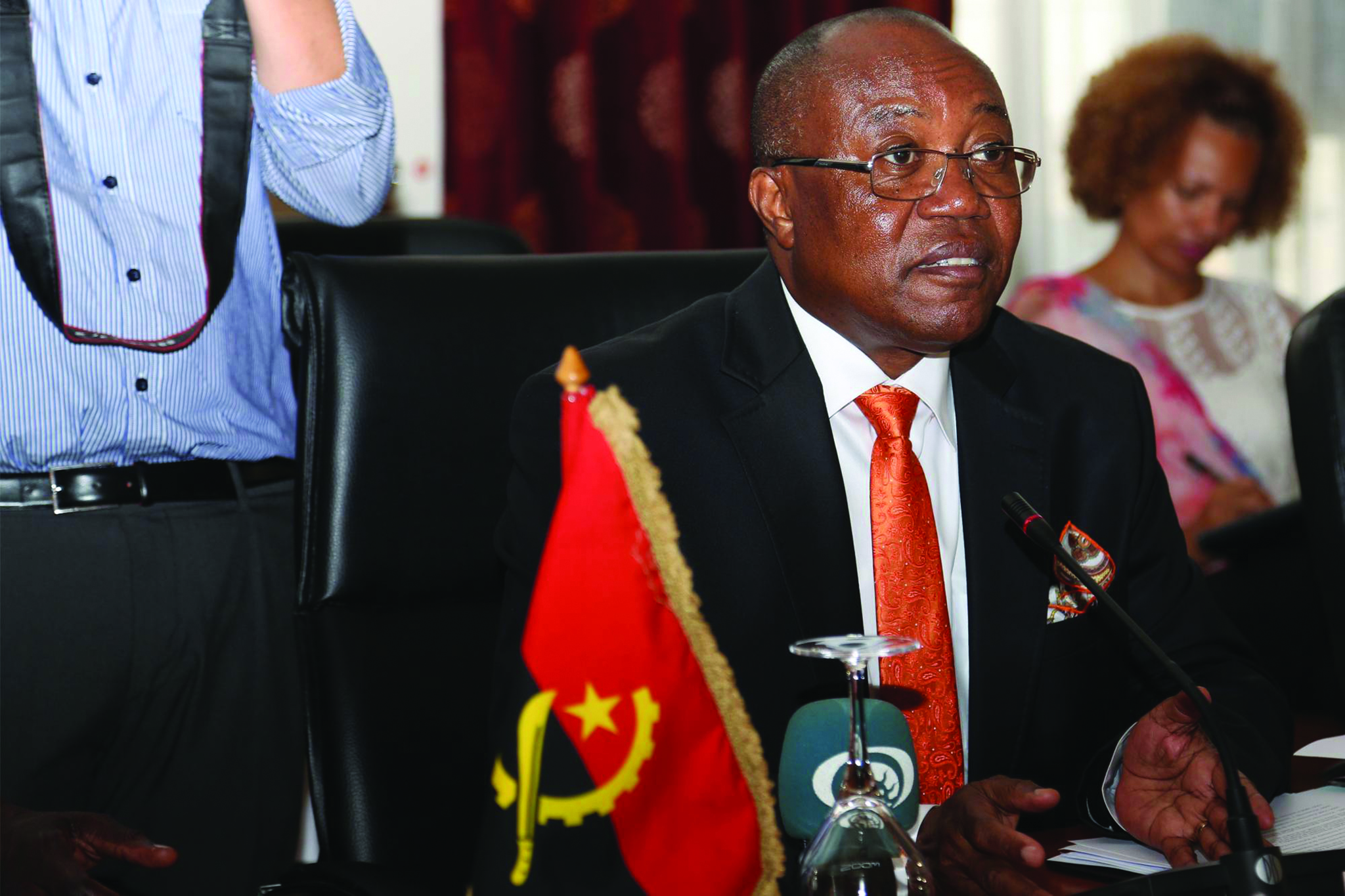 Angola prevê encerrar consulado de Macau