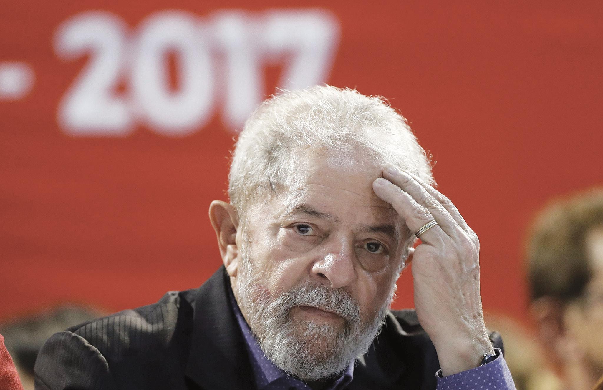 Sondagem | Lula mantém liderança