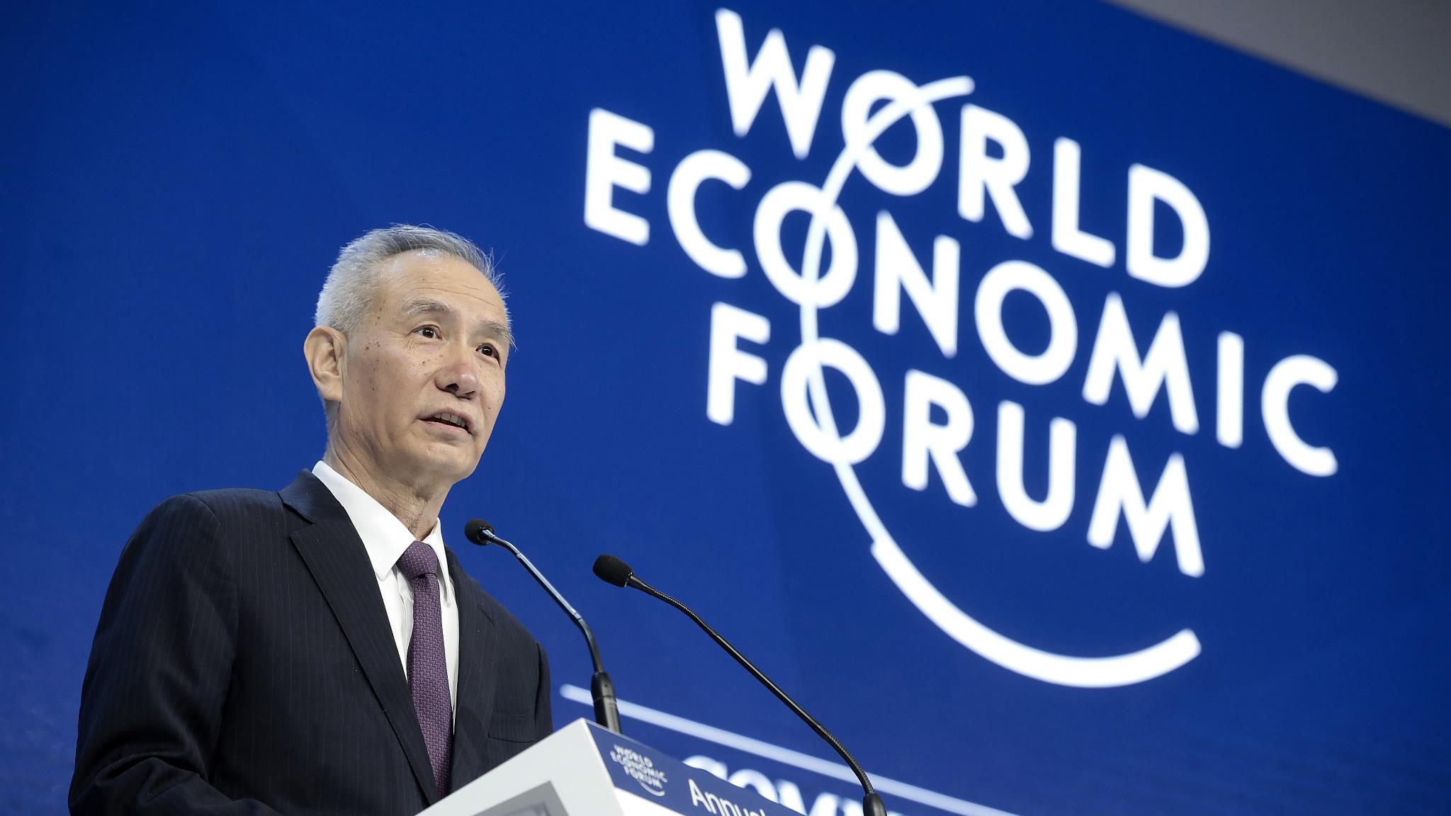 Pequim revela planos da sua política económica em Davos