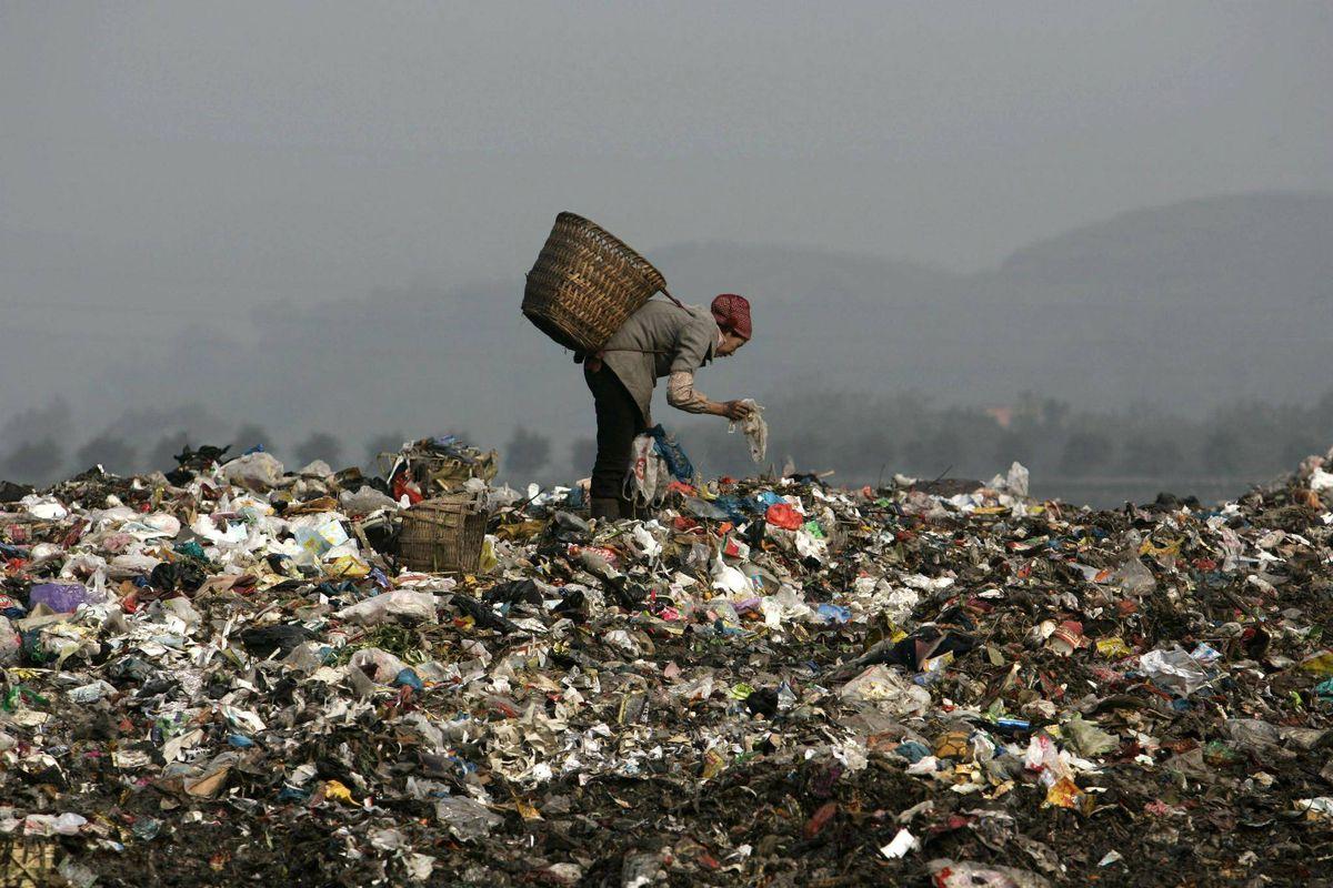 Ocidente tem de tratar do seu lixo após China parar importação