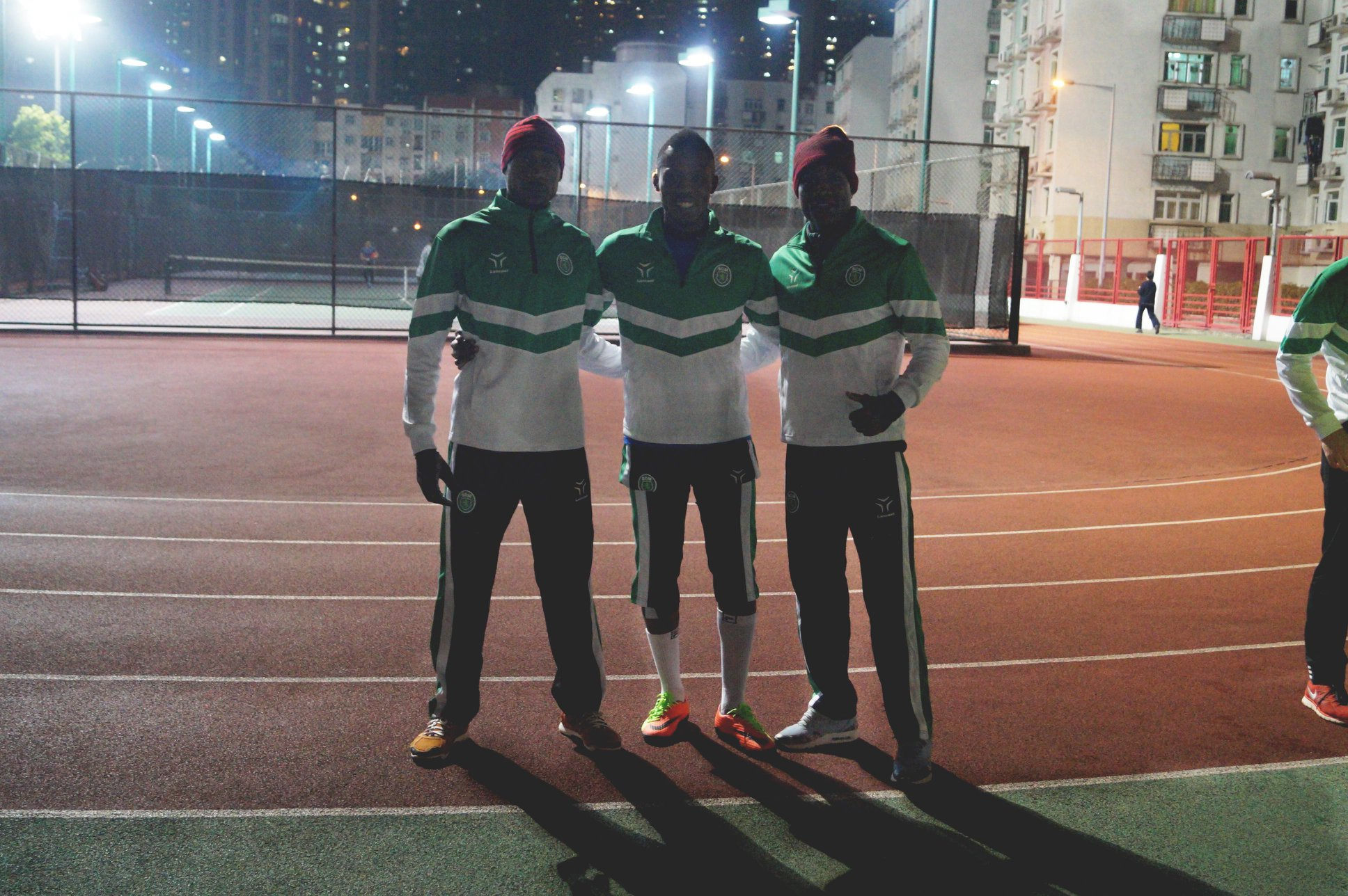 Liga de Elite   Reforços leoninos já treinam com a equipa