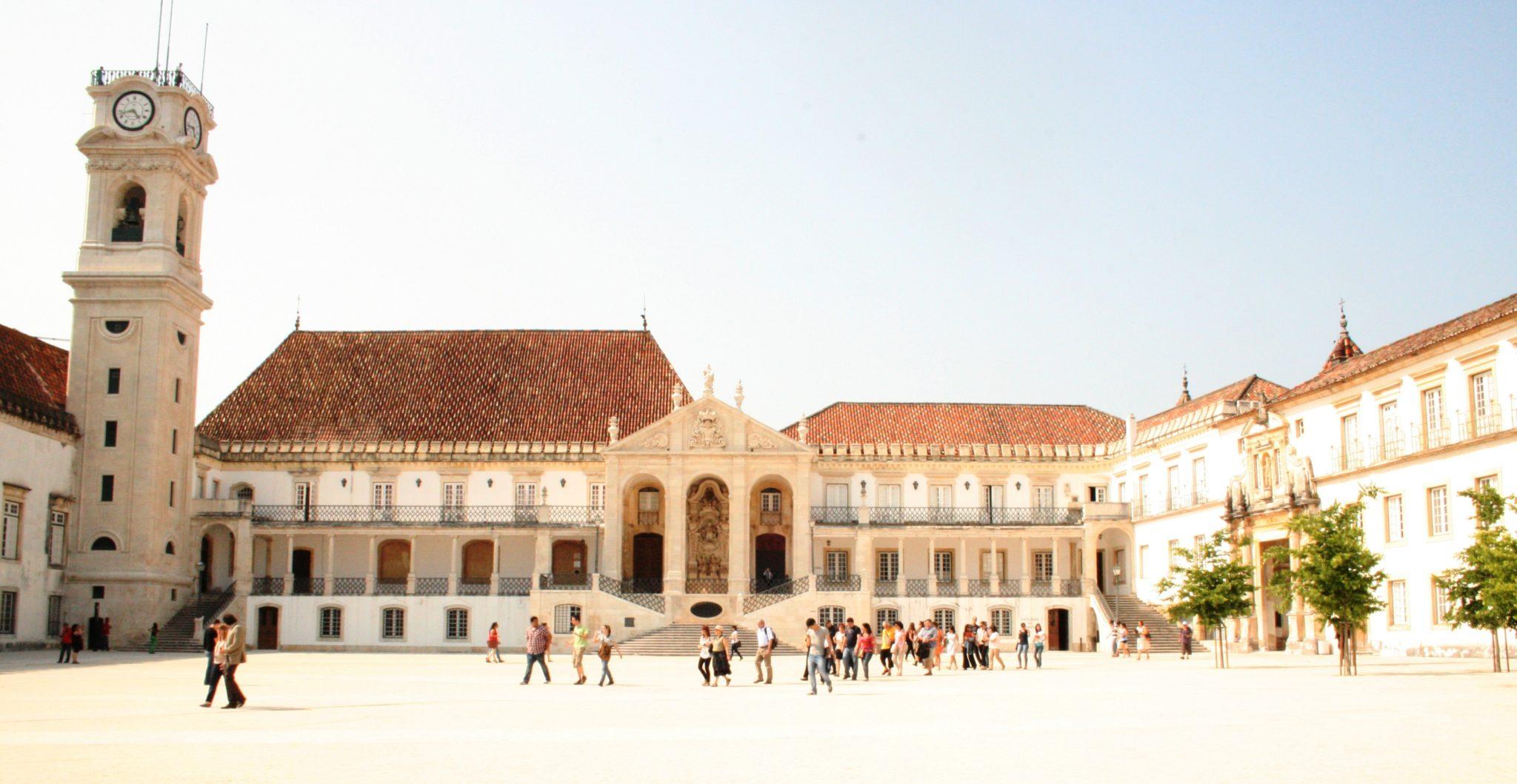 Universidades de Coimbra e Pequim criam centro de estudos para estreitar relações