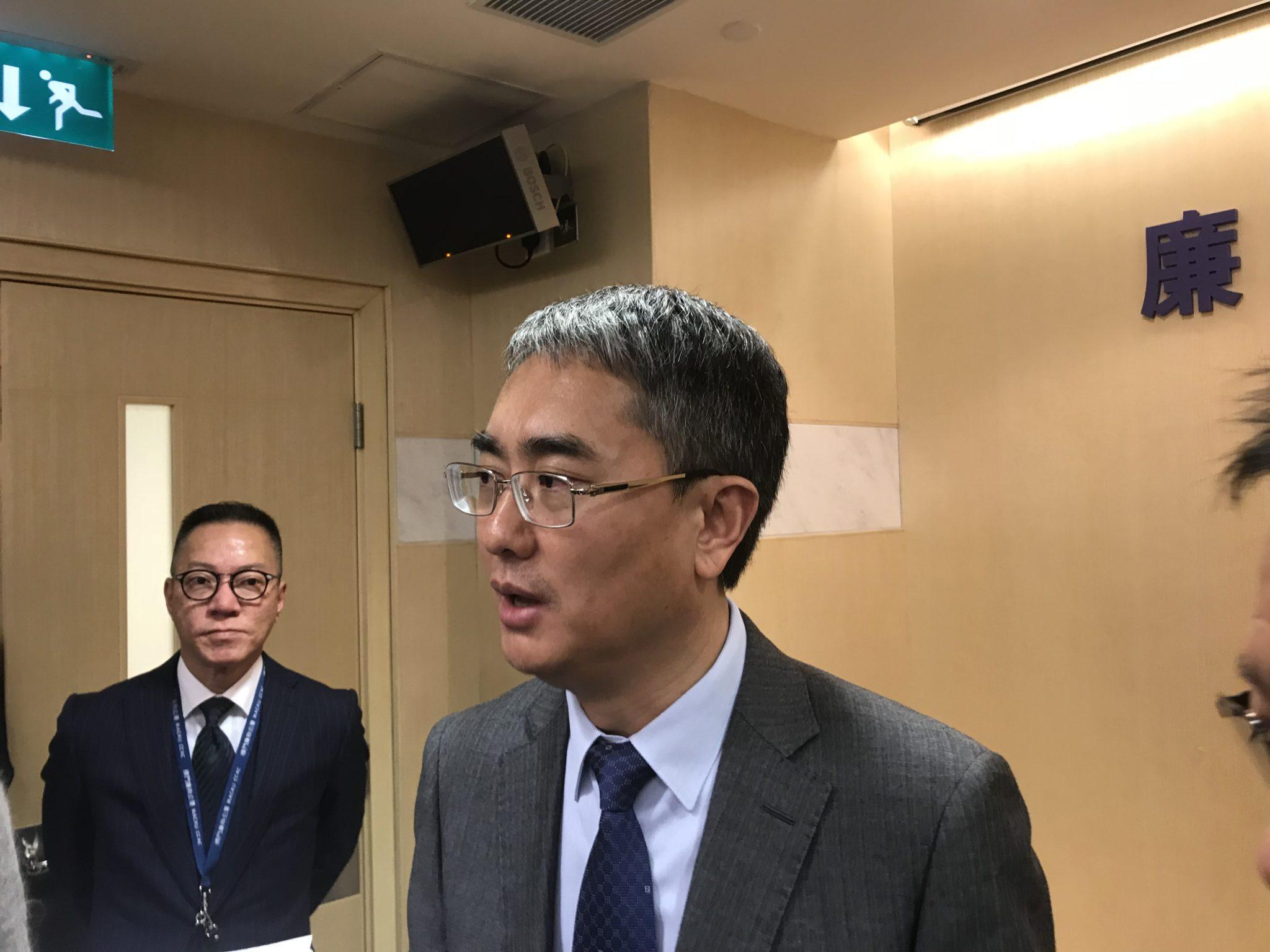 Comissário do CCAC defende revisão do sistema de gestão de terrenos