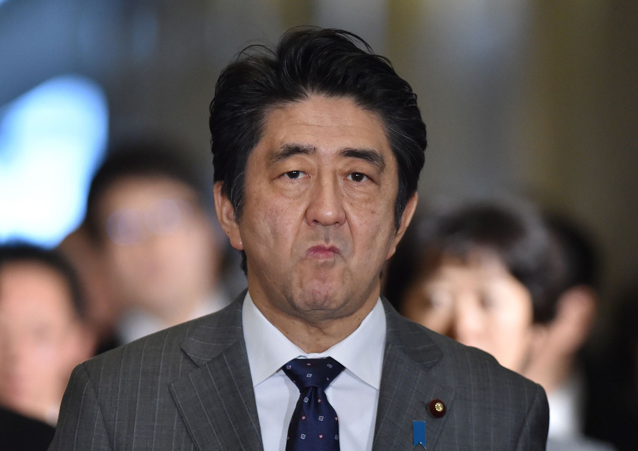 Primeiro-ministro japonês quer reforçar cooperação em visita à China