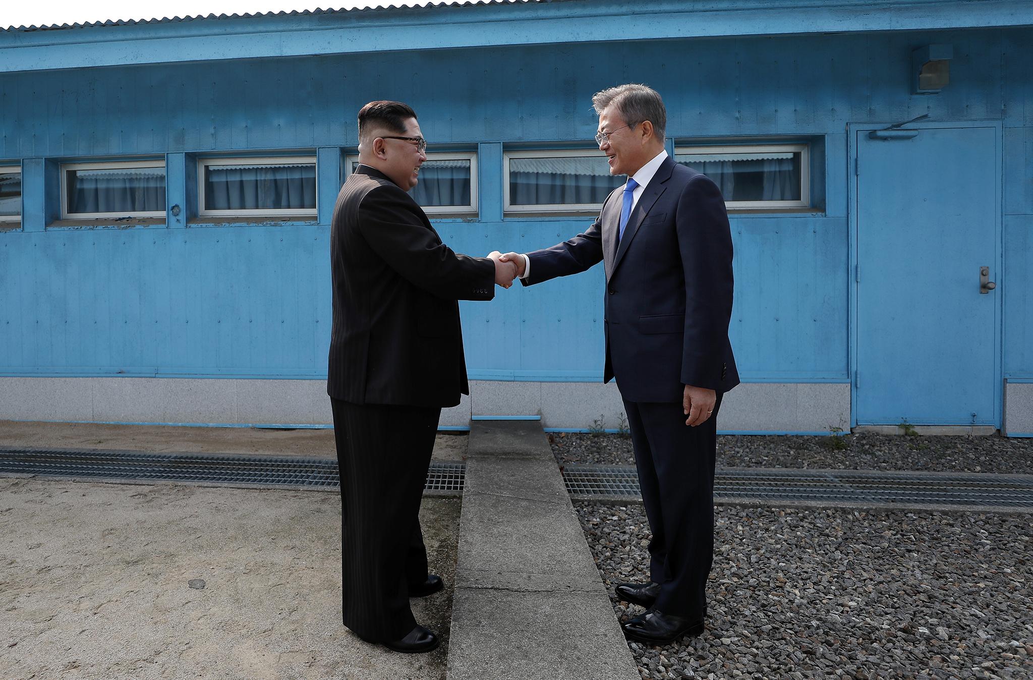Diplomacia | Encontro entre líderes coreanos traz esperança de paz à península