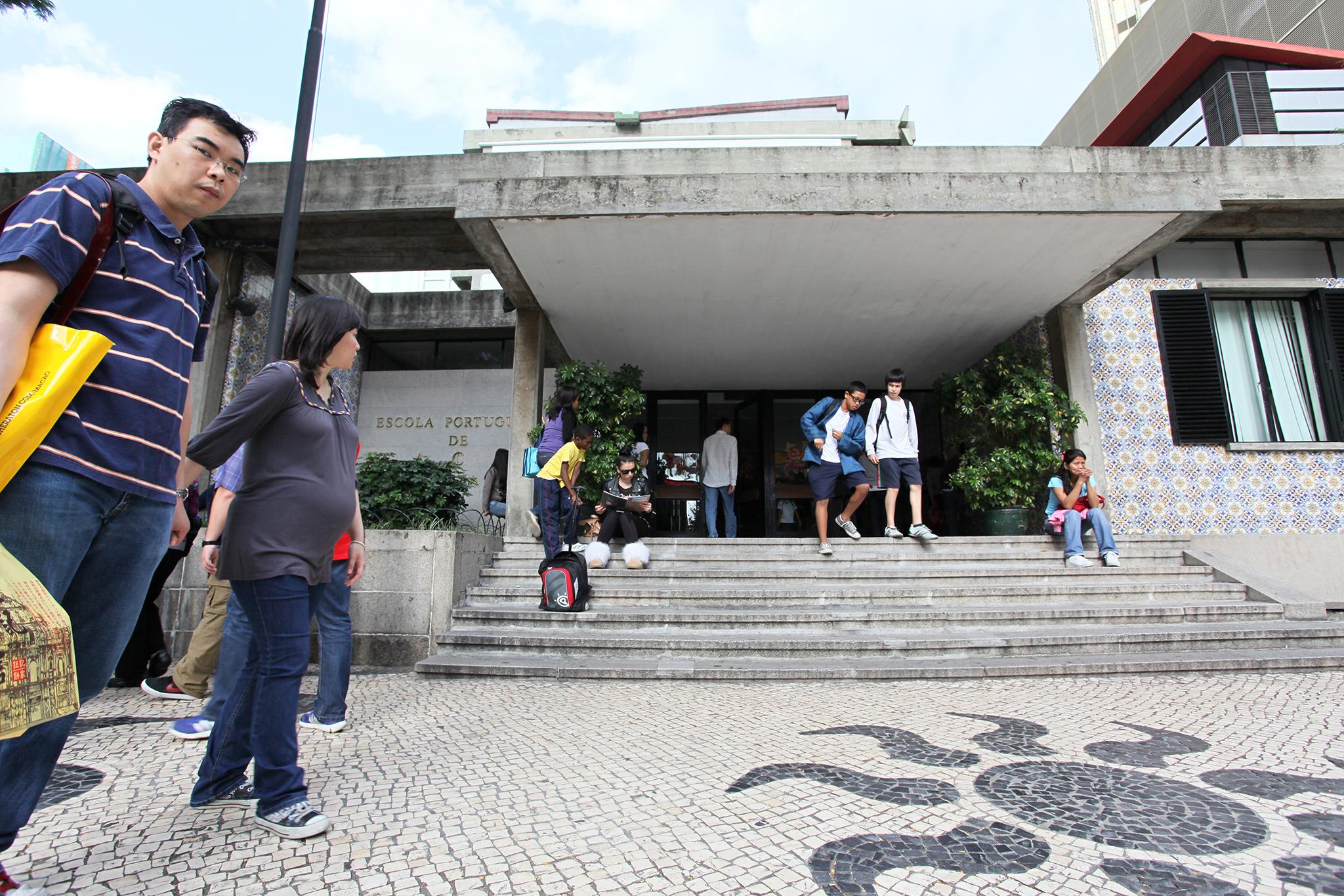 DSEJ confirma agressões promovidas por docente na Escola Portuguesa