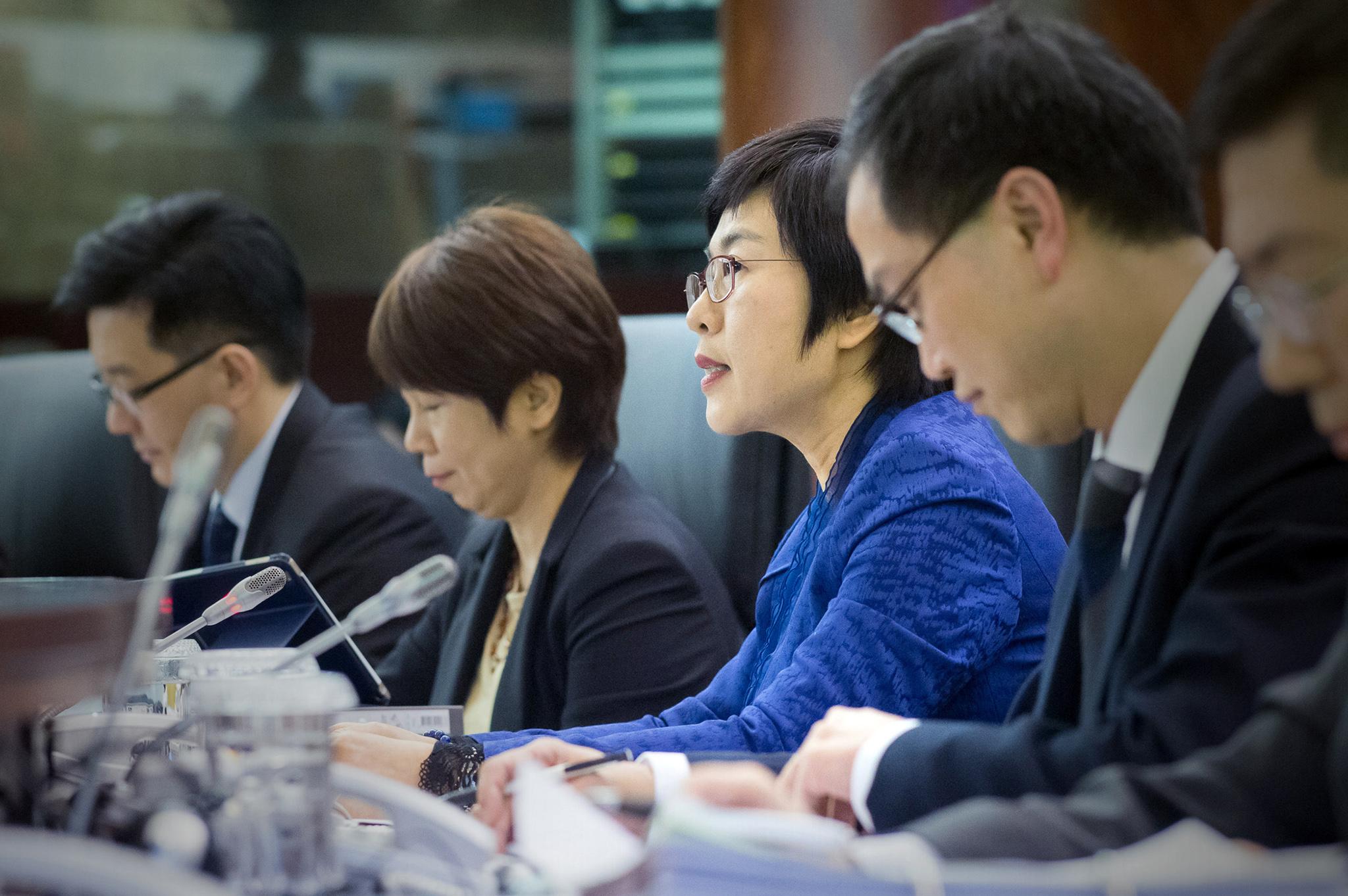LAG 2019 | Categoria de escriturário administrativo vai acabar na Função Pública