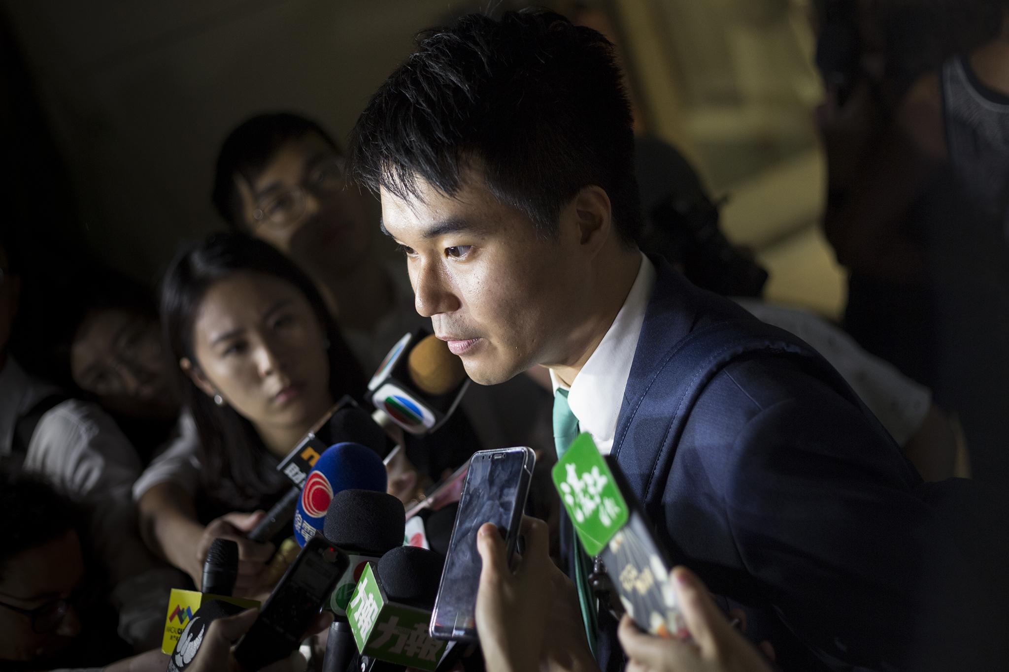 Caso Sulu Sou | Deputado espera voltar já hoje ao seu lugar no hemiciclo