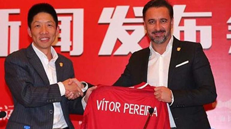 Vítor Pereira vence e mantém perseguição ao líder na Superliga chinesa de futebol
