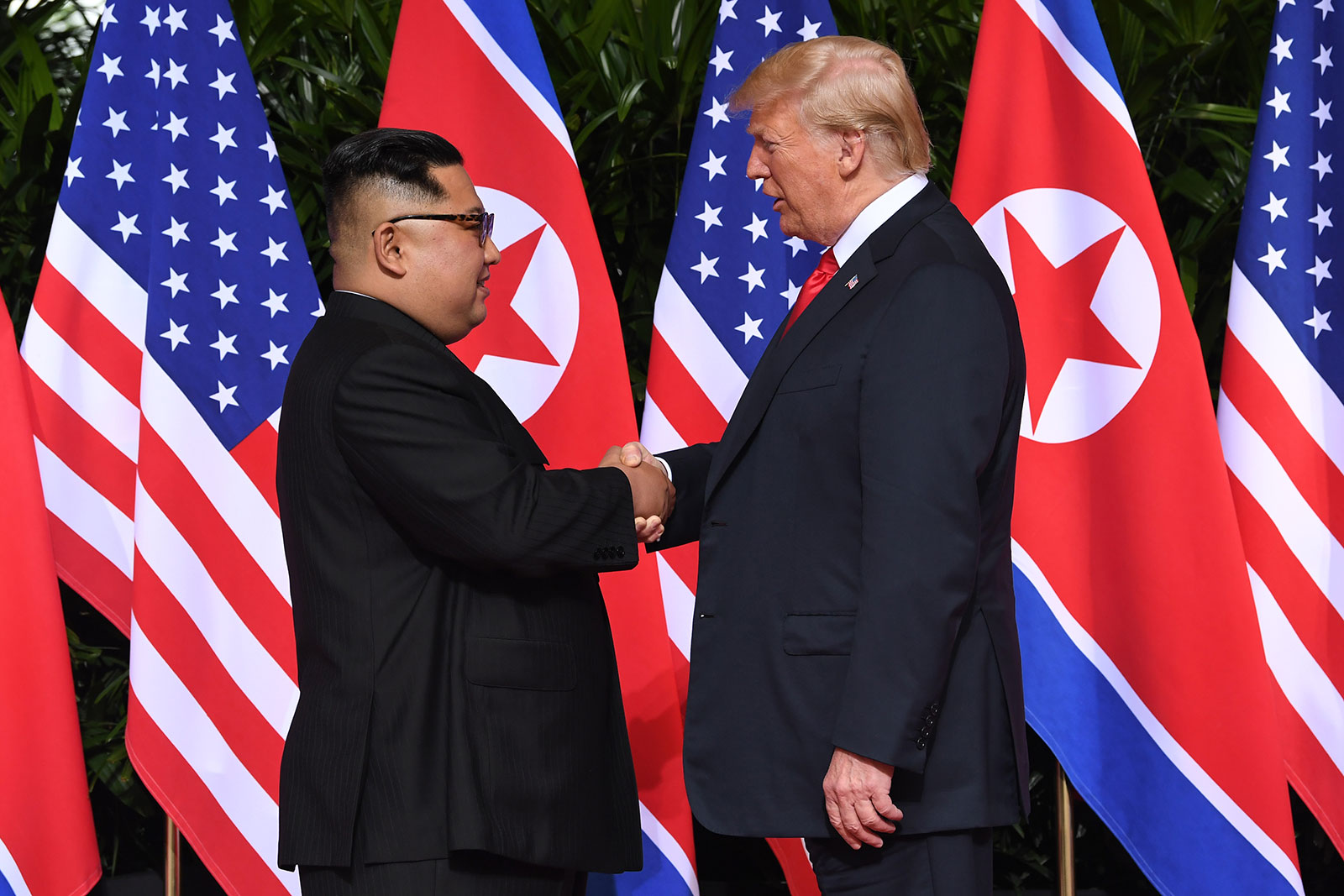 Cimeira EUA/Coreia do Norte: Trump confiante e Kim destaca superação de obstáculos
