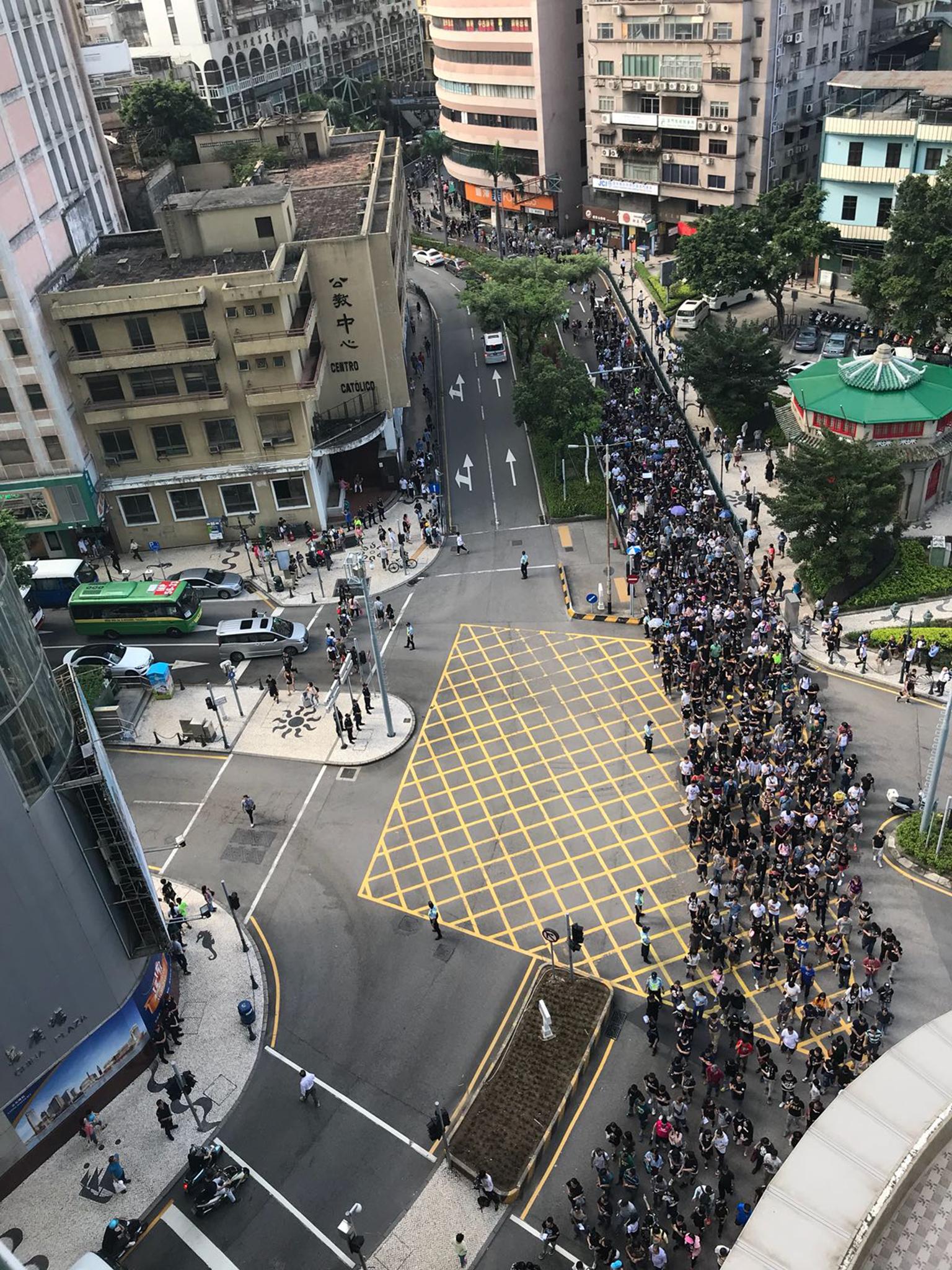 Manifestação | Milhares pediram demissões de Raimundo Rosário e Lam Hin San