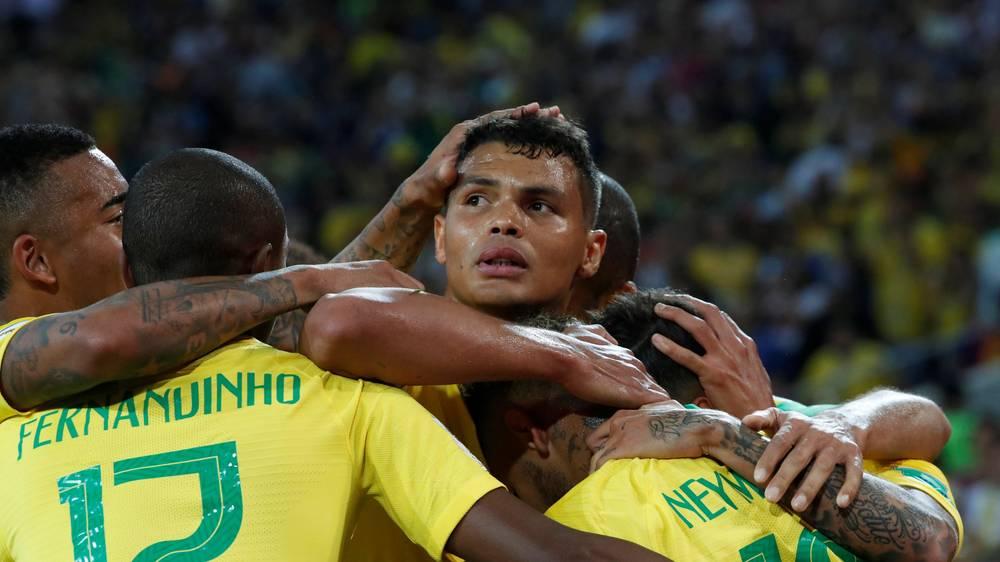 Brasil e Suíça nos oitavos de final do Mundial