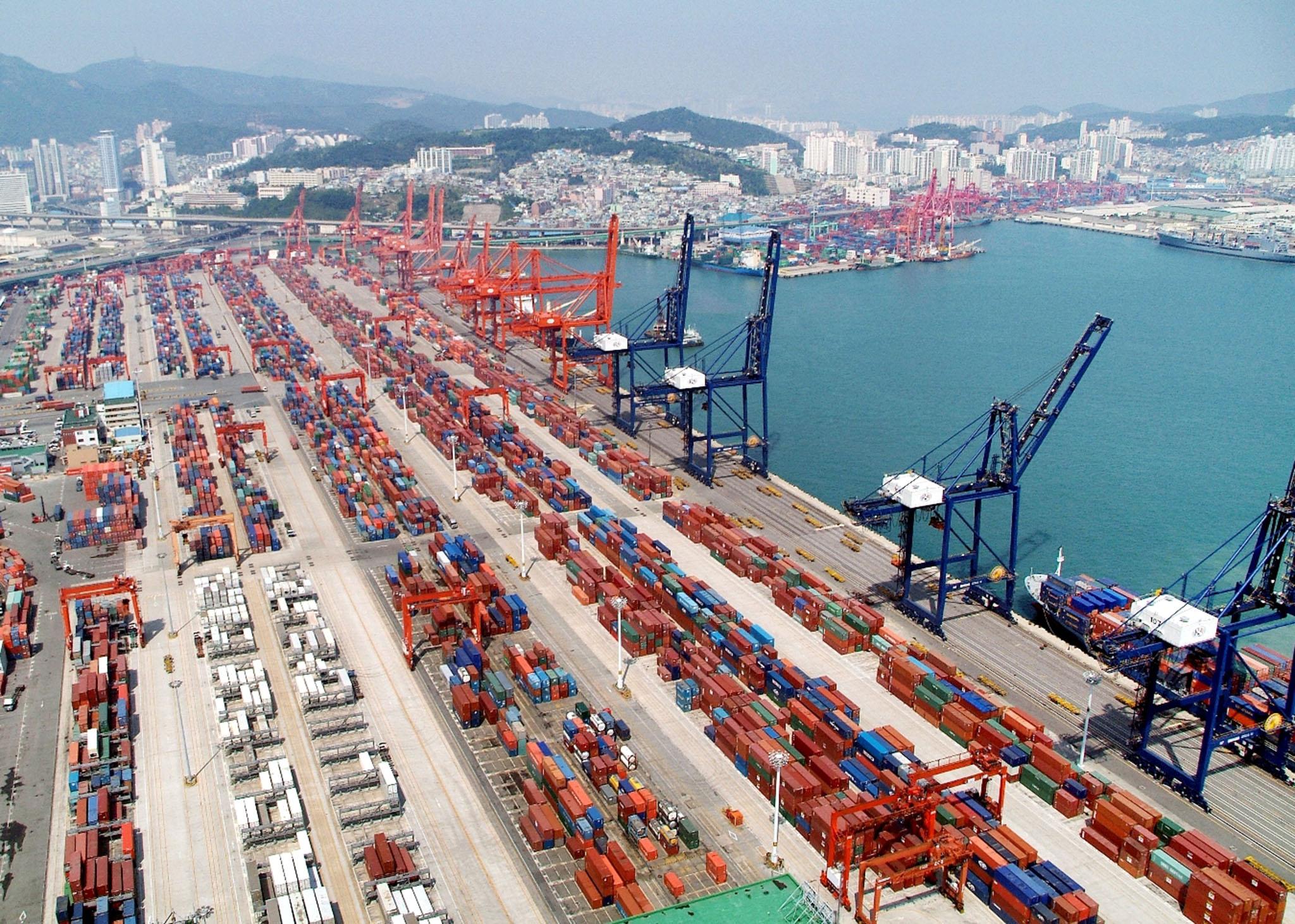 Comércio externo da China continuou a crescer em setembro