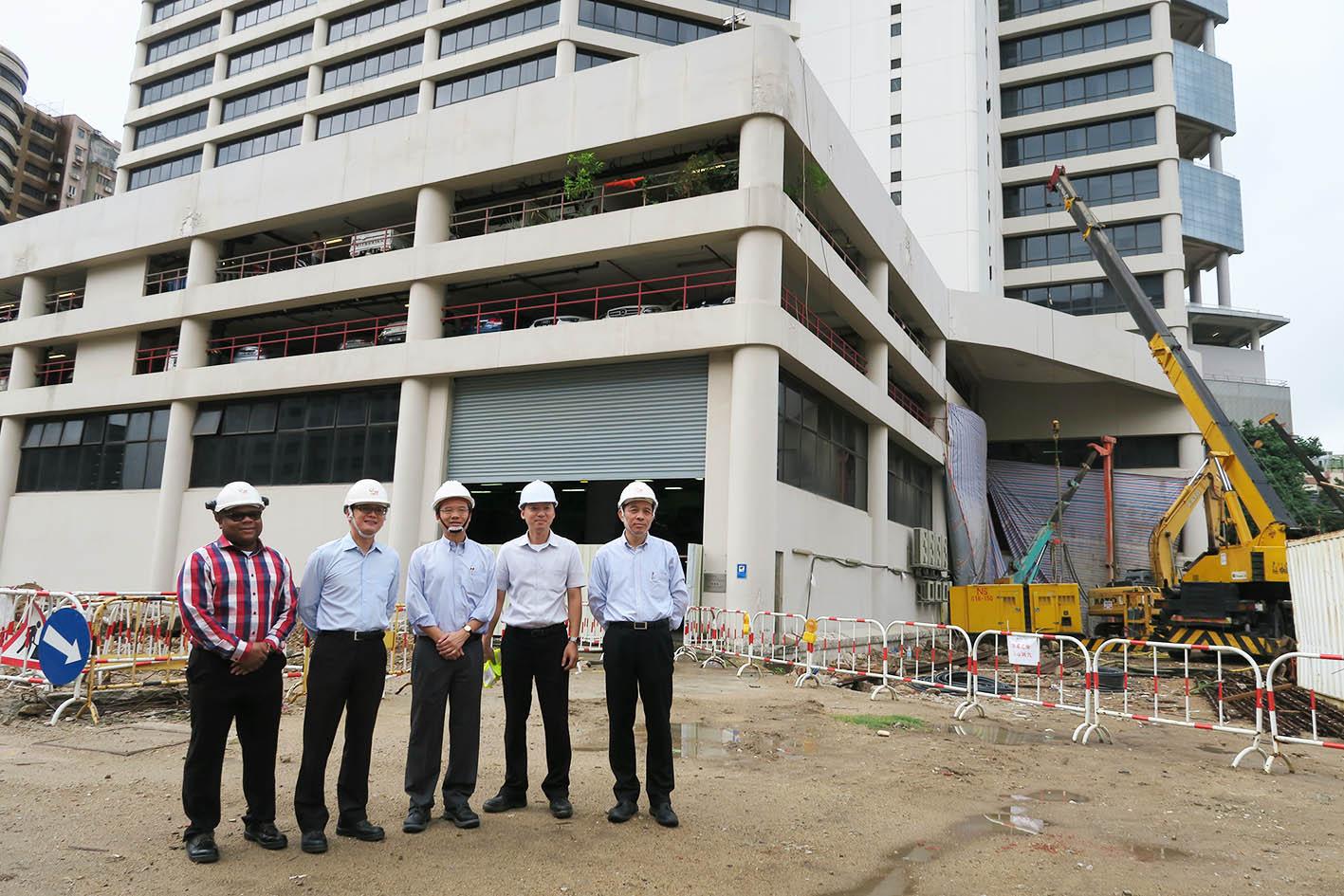 Governo inspeccionou demolição da central da CEM, que está prestes a terminar