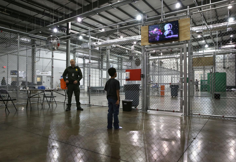 EUA / Imigração | Cerca de 40 mil chineses não são deportados porque a China não emite passaportes