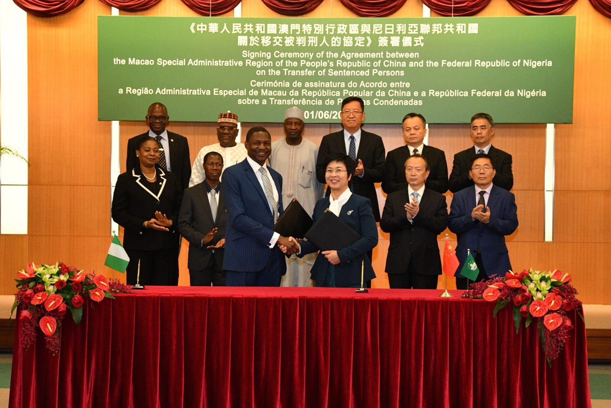 Justiça   Celebrado acordo sobre transferência de presos com Nigéria