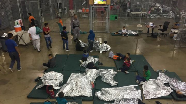 EUA   Regresso de crianças tiradas a pais migrantes vai começar mas sem prazo