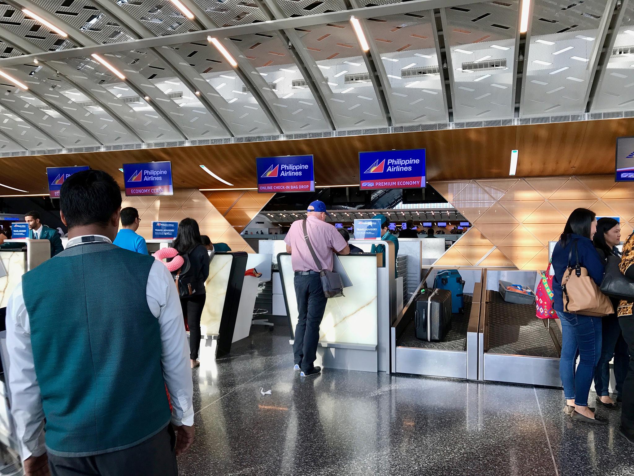 Emirados Árabes Unidos | Quase um milhar de filipinos repatriados