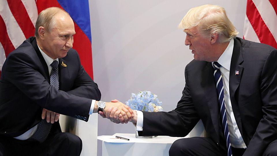 Pequim e Moscovo desmentem ter telemóvel de Trump sob escuta