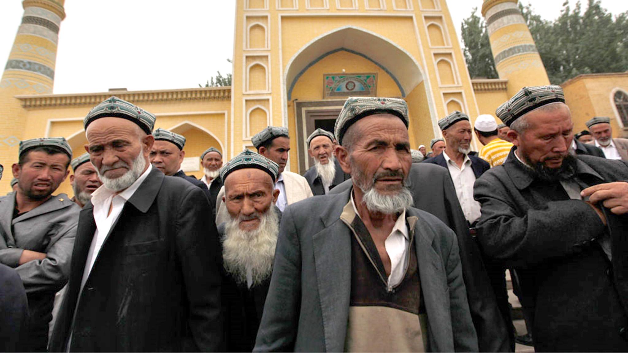 Direitos humanos   PCC defende repressão sobre minoria étnica muçulmana
