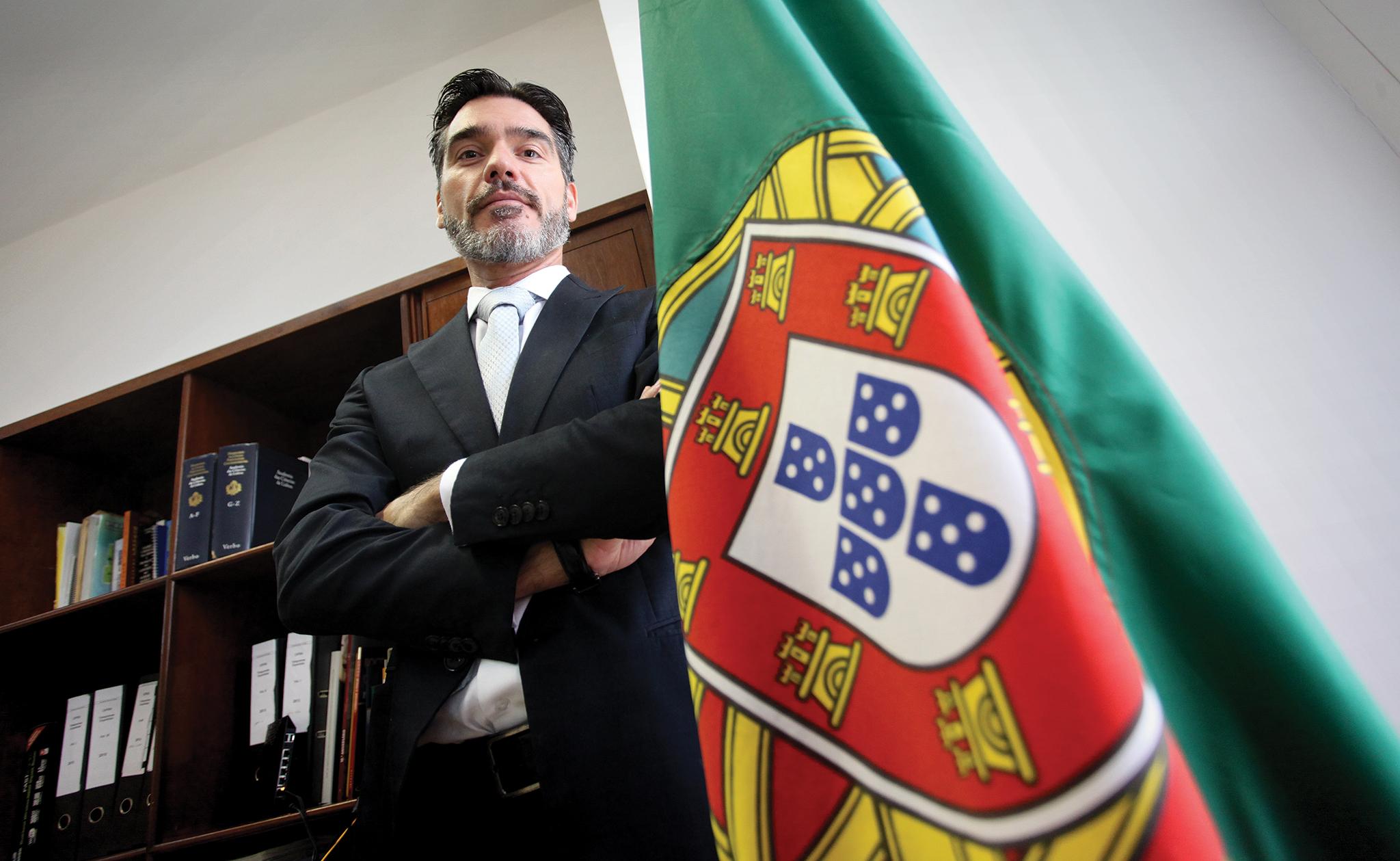 Diplomacia   Vítor Sereno apela à união em jantar de despedida