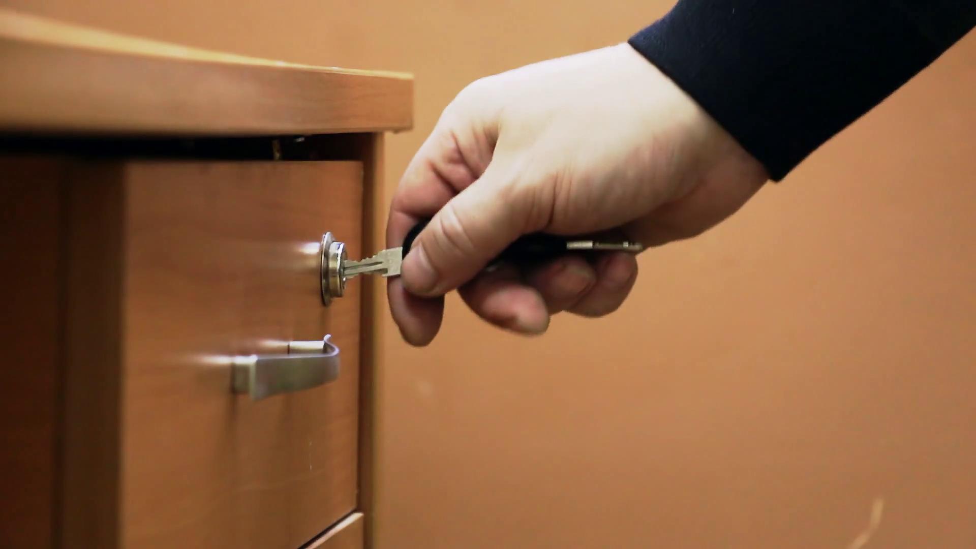 Legislação | Deputados receiam que lei do alojamento temporário fique na gaveta